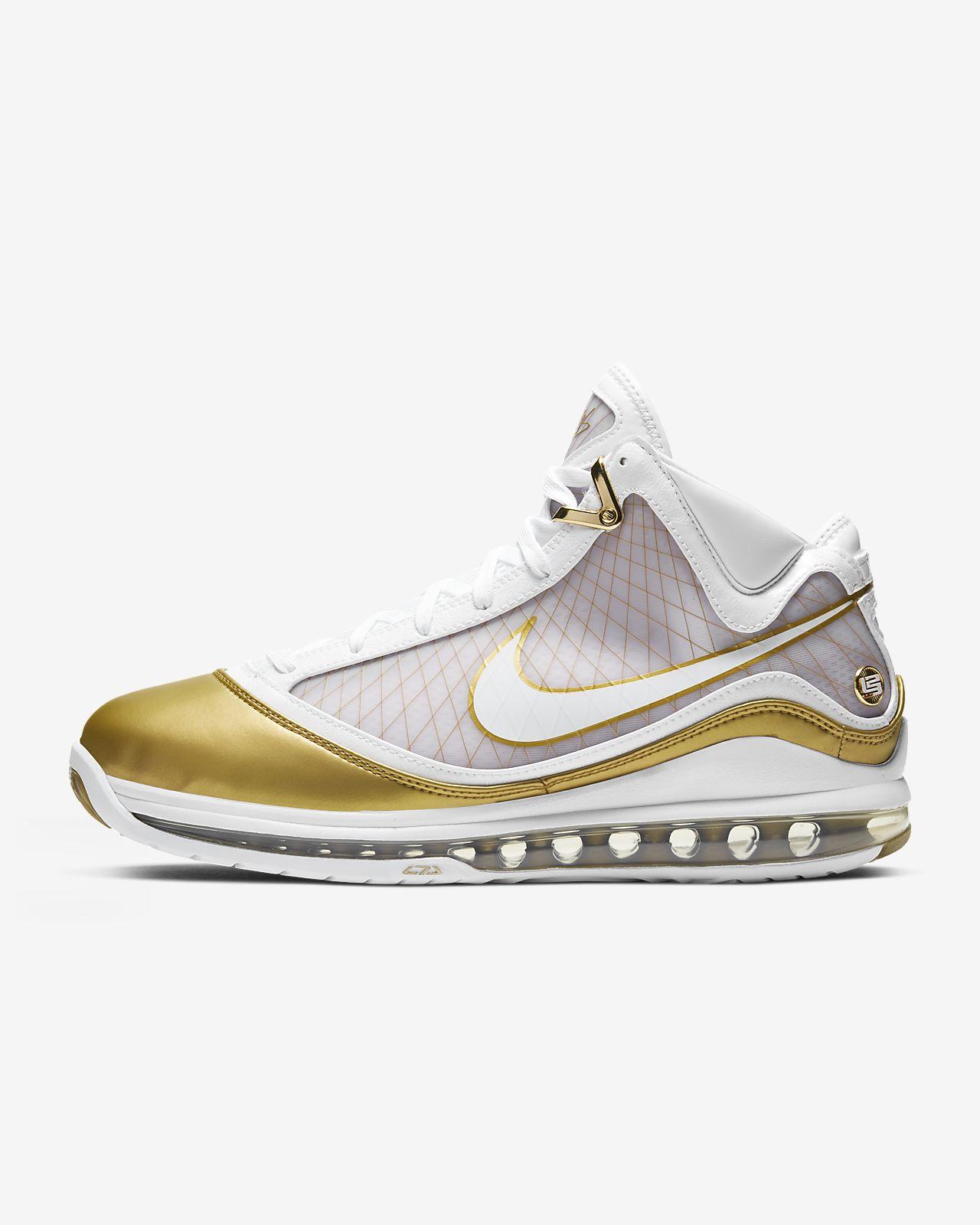 รองเท้าผู้ชาย LeBron 7 QS