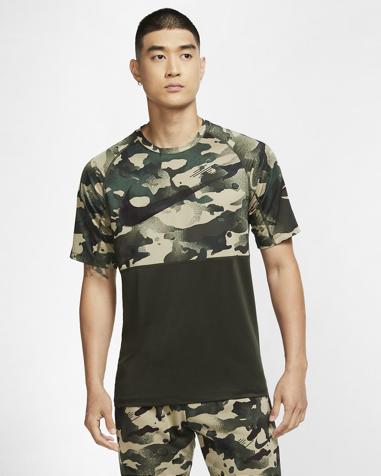 Kortärmad kamouflagemönstrad skjorta Nike Pro för män