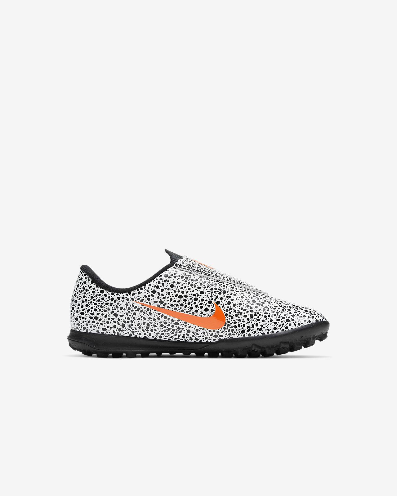 Nike Jr. Mercurial Vapor 13 Club CR7 Safari TF Voetbalschoen voor peuterskleuters (turf)