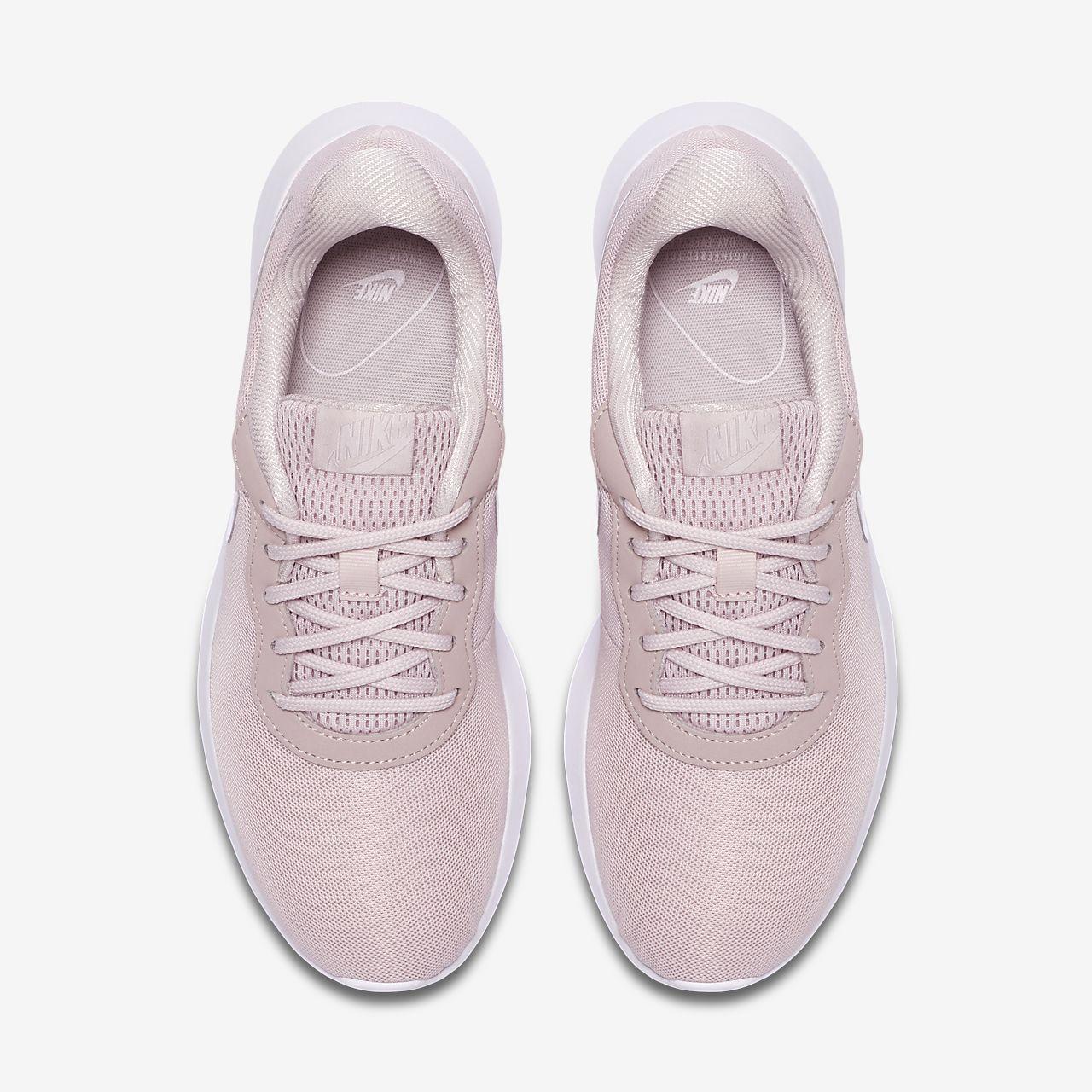 Nike Tanjun Women's Shoe