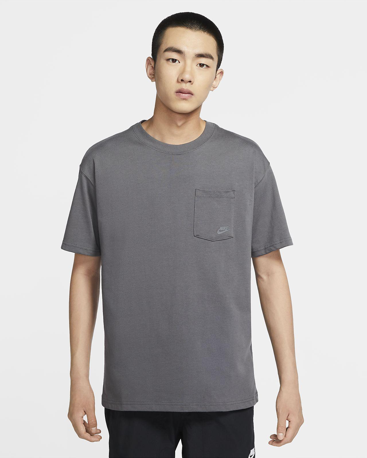 Nike Sportswear 男子口袋T恤
