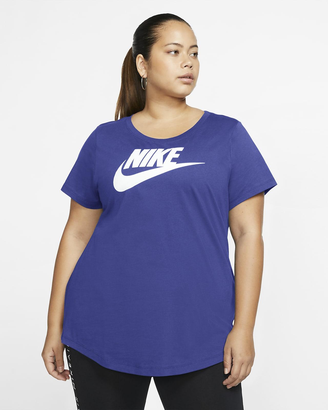 Playera para mujer (talla grande) Nike Sportswear Essential