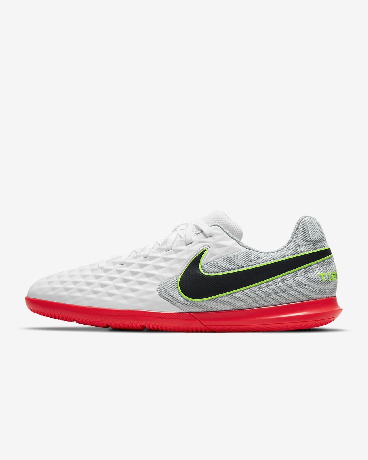 Nike Tiempo Legend 8 Club IC Zaalvoetbalschoen