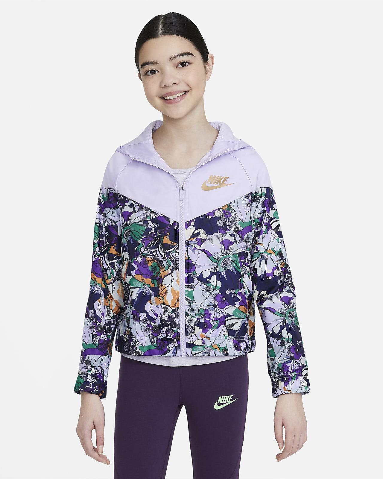 Chamarra con estampado para niñas talla grande Nike Sportswear Windrunner