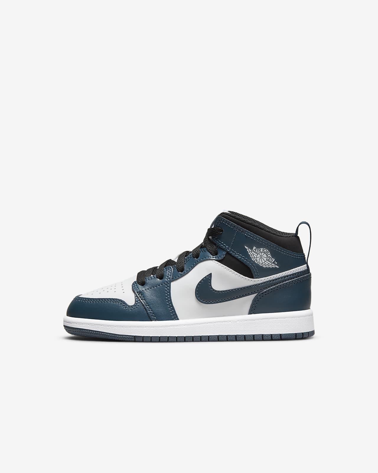 Jordan 1 Mid Küçük Çocuk Ayakkabısı