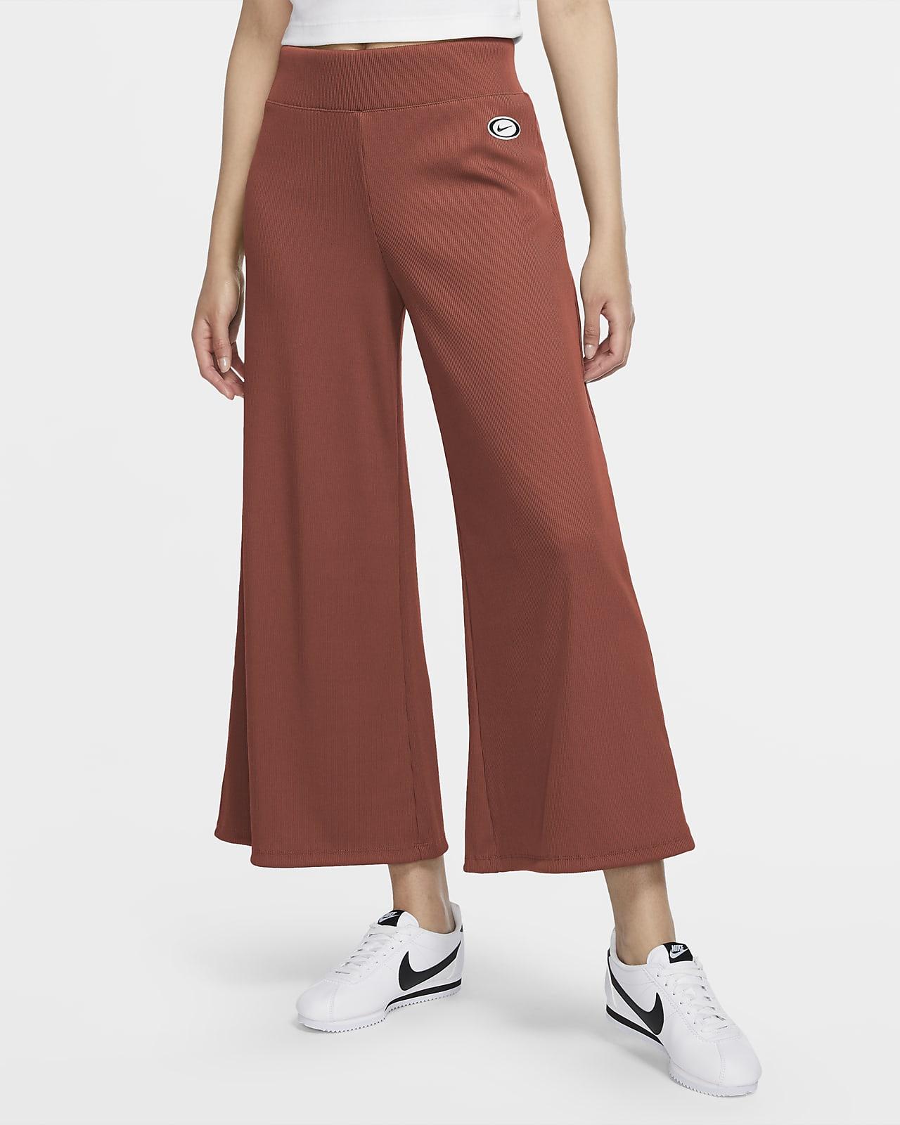 Nike Sportswear ribbestrikket bukse til dame