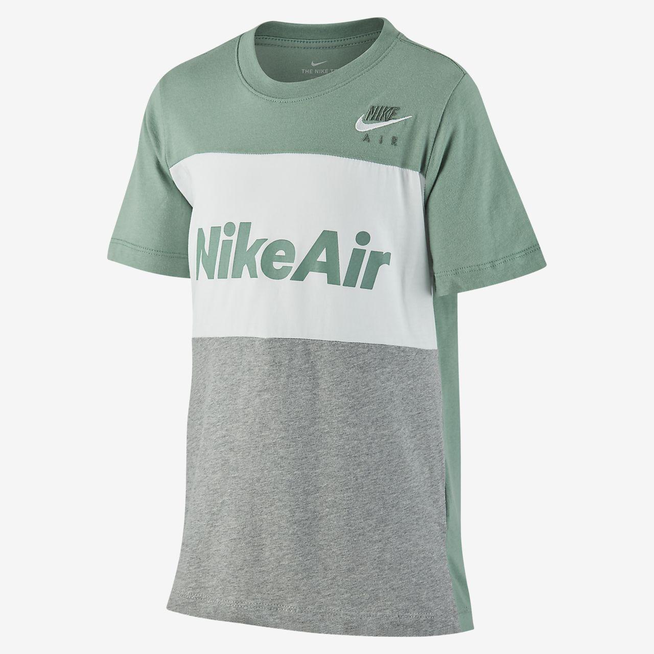 Ciego Virus sin embargo  Nike Air Older Kids' (Boys') T-Shirt. Nike SE