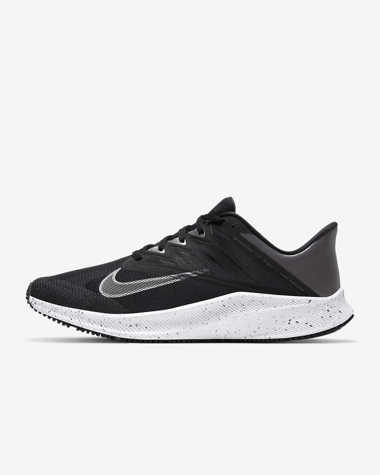 รองเท้าวิ่ง Nike Quest 3 Premium
