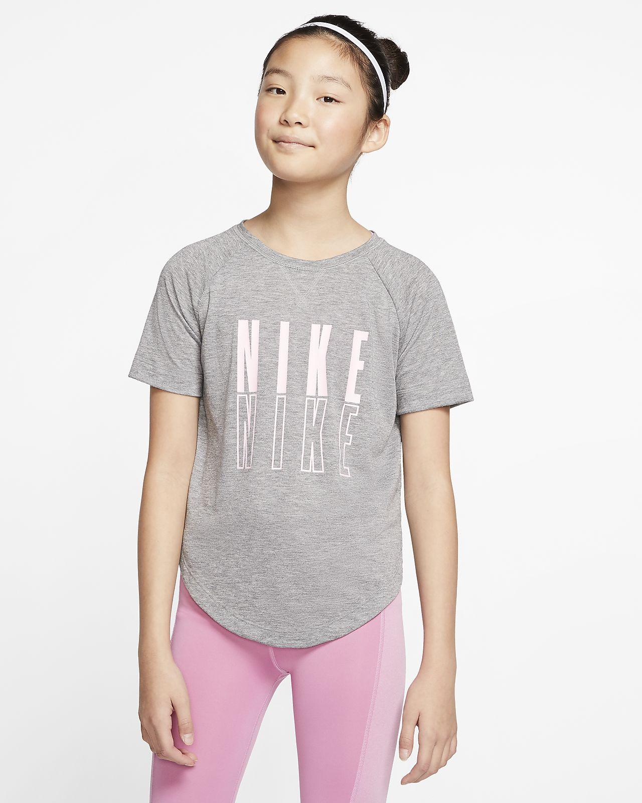 Kortärmad träningströja Nike Trophy med tryck för ungdom (tjejer)