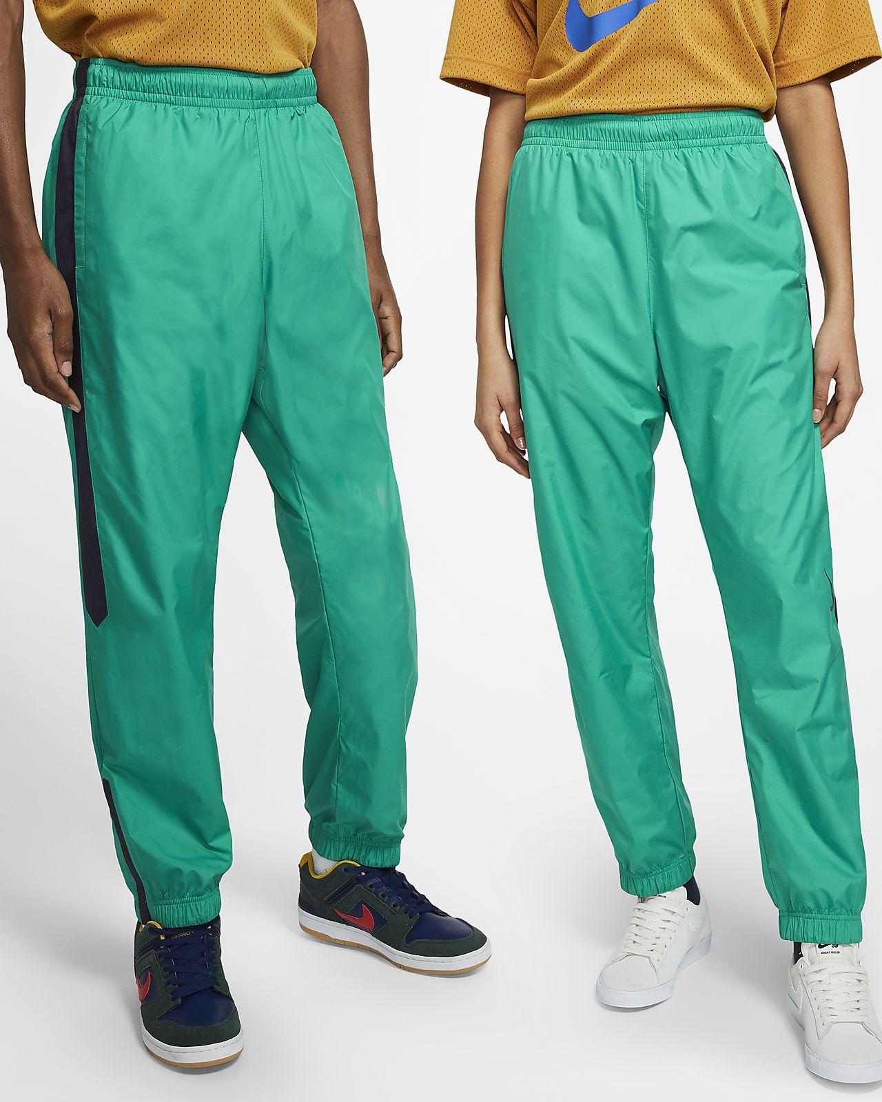 jogging nike swoosh vert