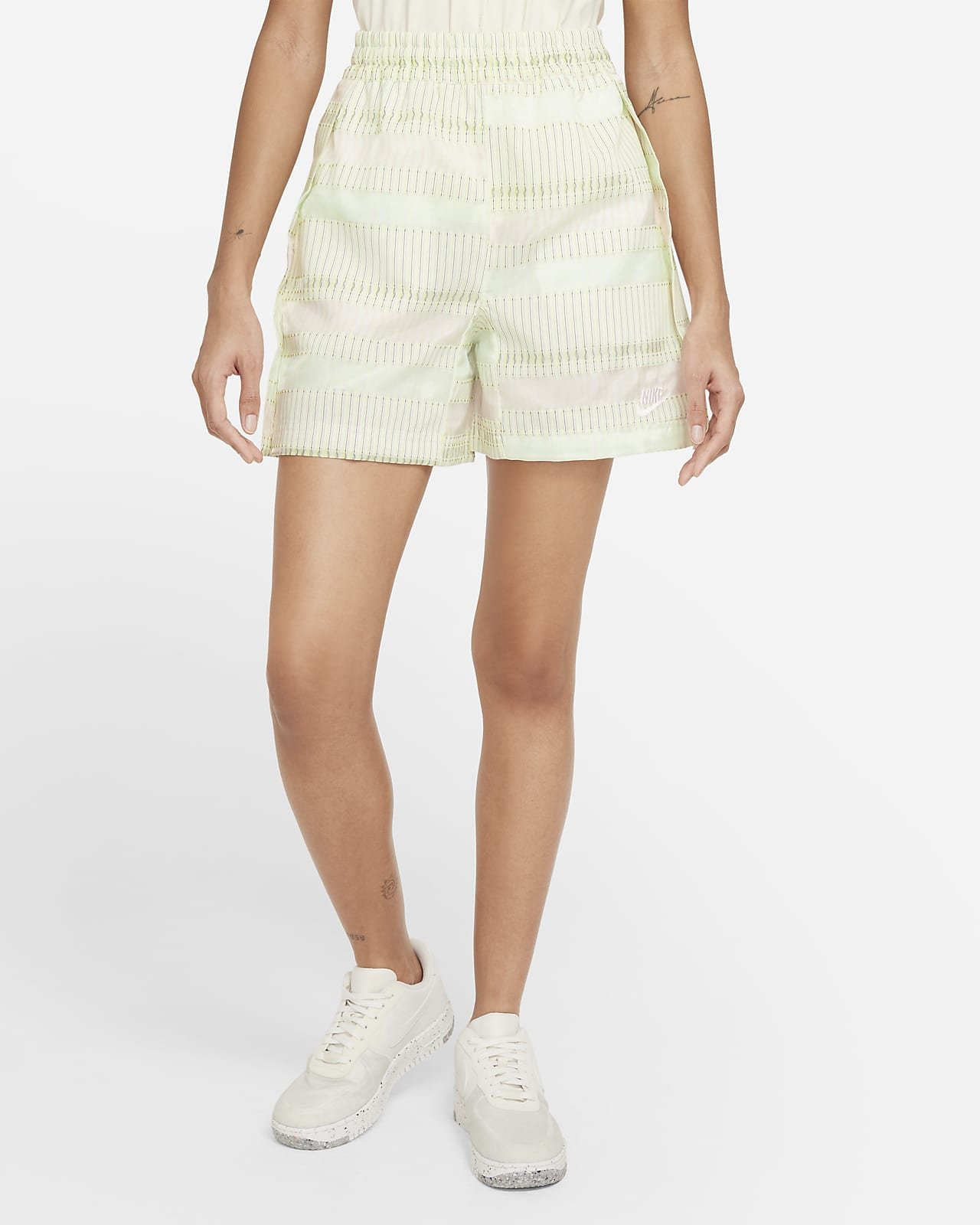 Nike Sportswear 女款短褲