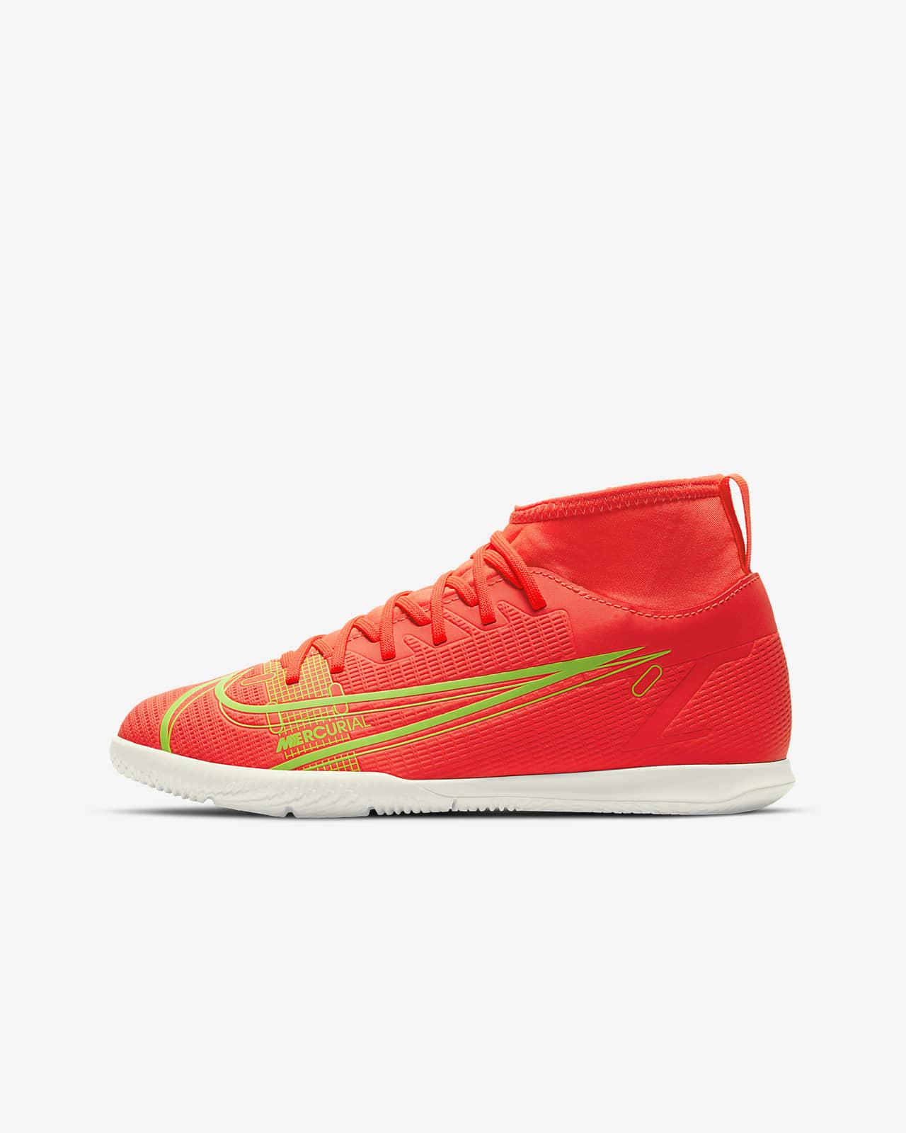 Nike Jr. Mercurial Superfly 8 Club IC Fußballschuh für Hallen- und Hartplätze für jüngere/ältere Kinder