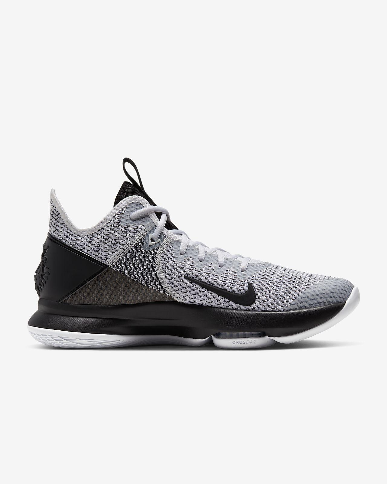 Chaussure de basketball LeBron Witness 4