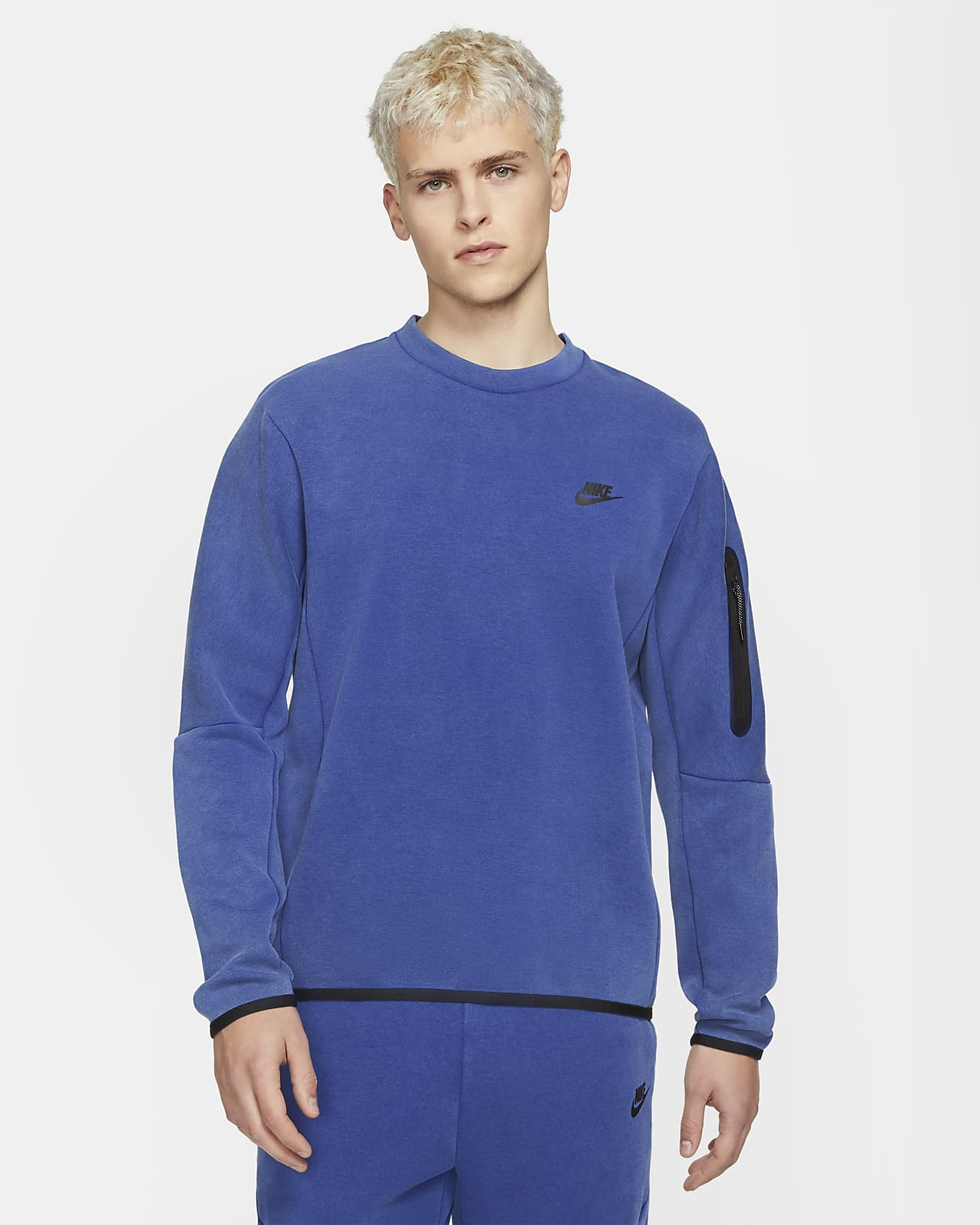 Nike Sportswear Tech Fleece Herren-Rundhalsshirt im Washed-Look