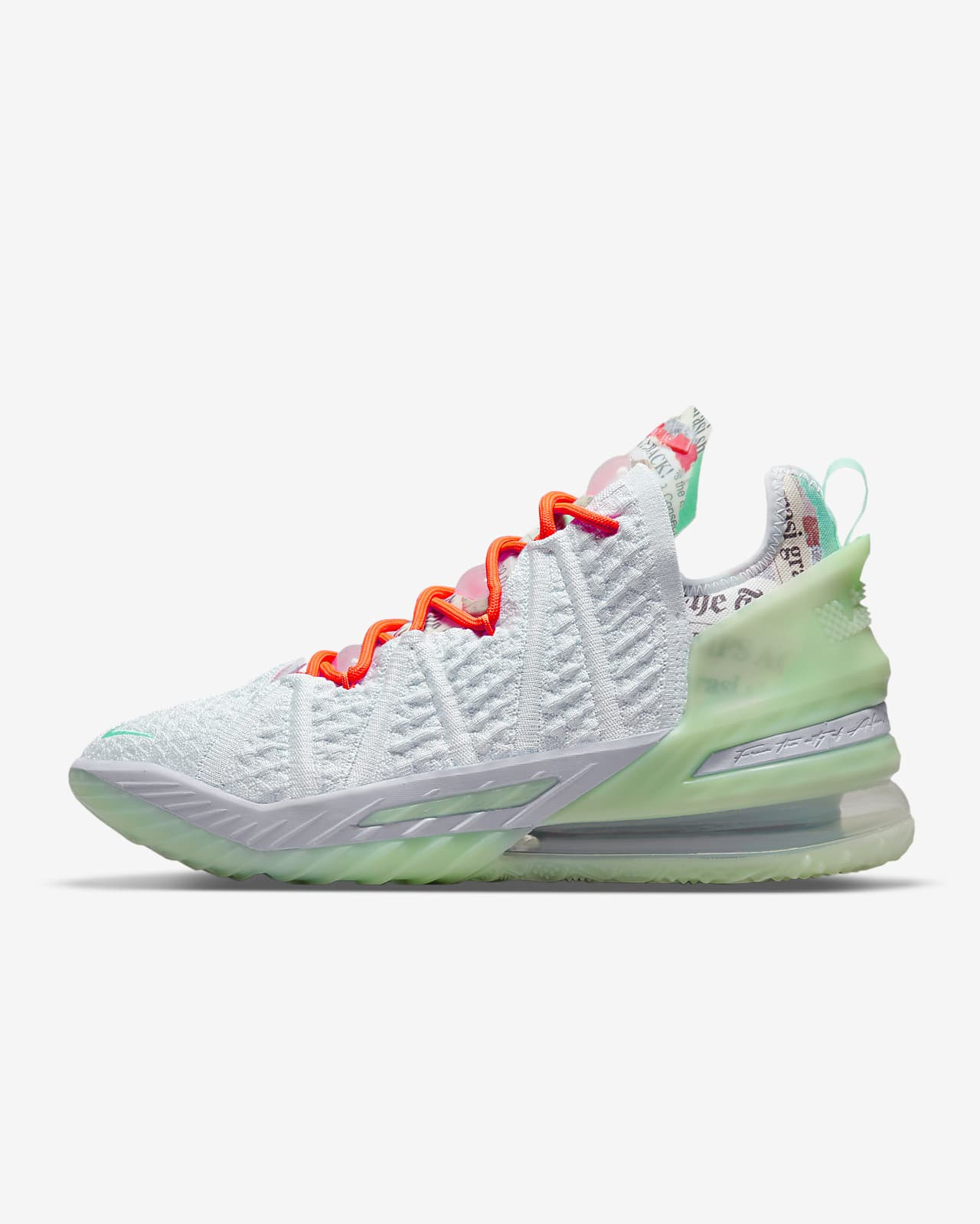 Баскетбольные кроссовки LeBron 18
