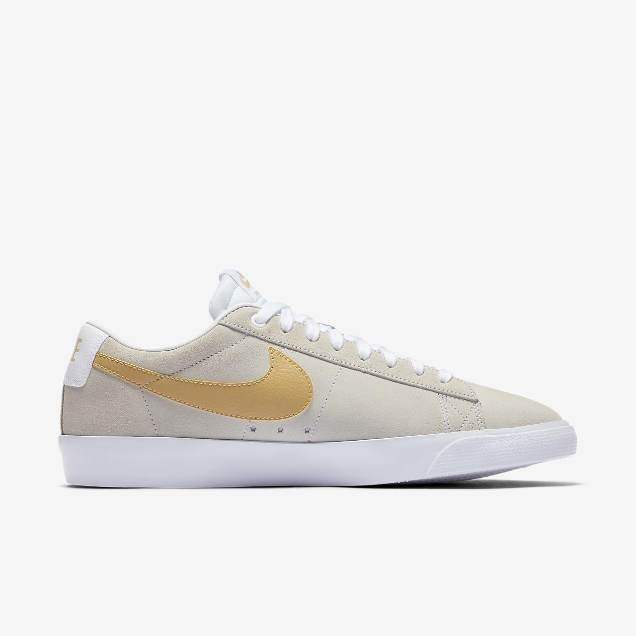 Nike SB Blazer Low GT Skate Shoe. Nike SA