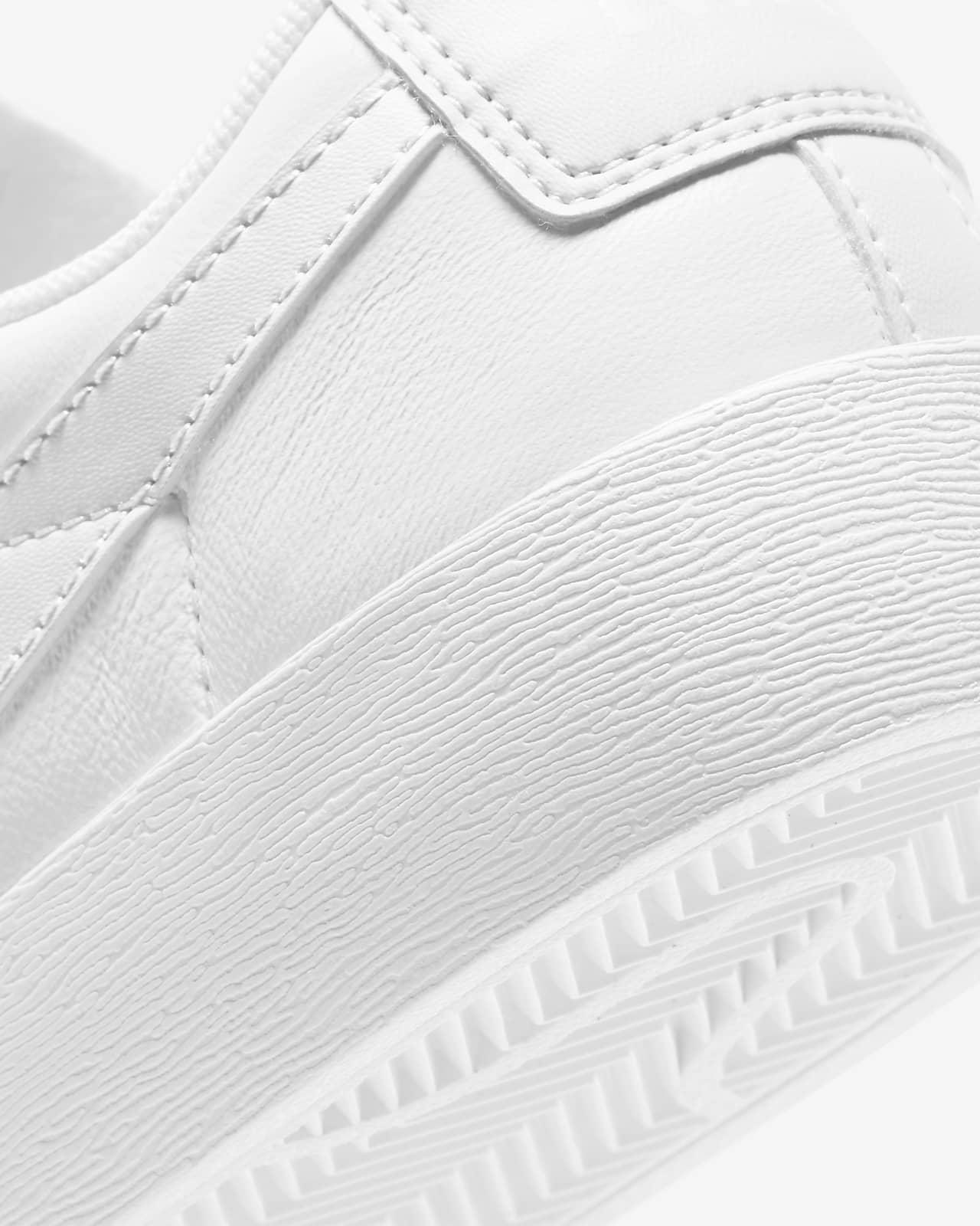 Nike Blazer Low LE Women's Shoe White