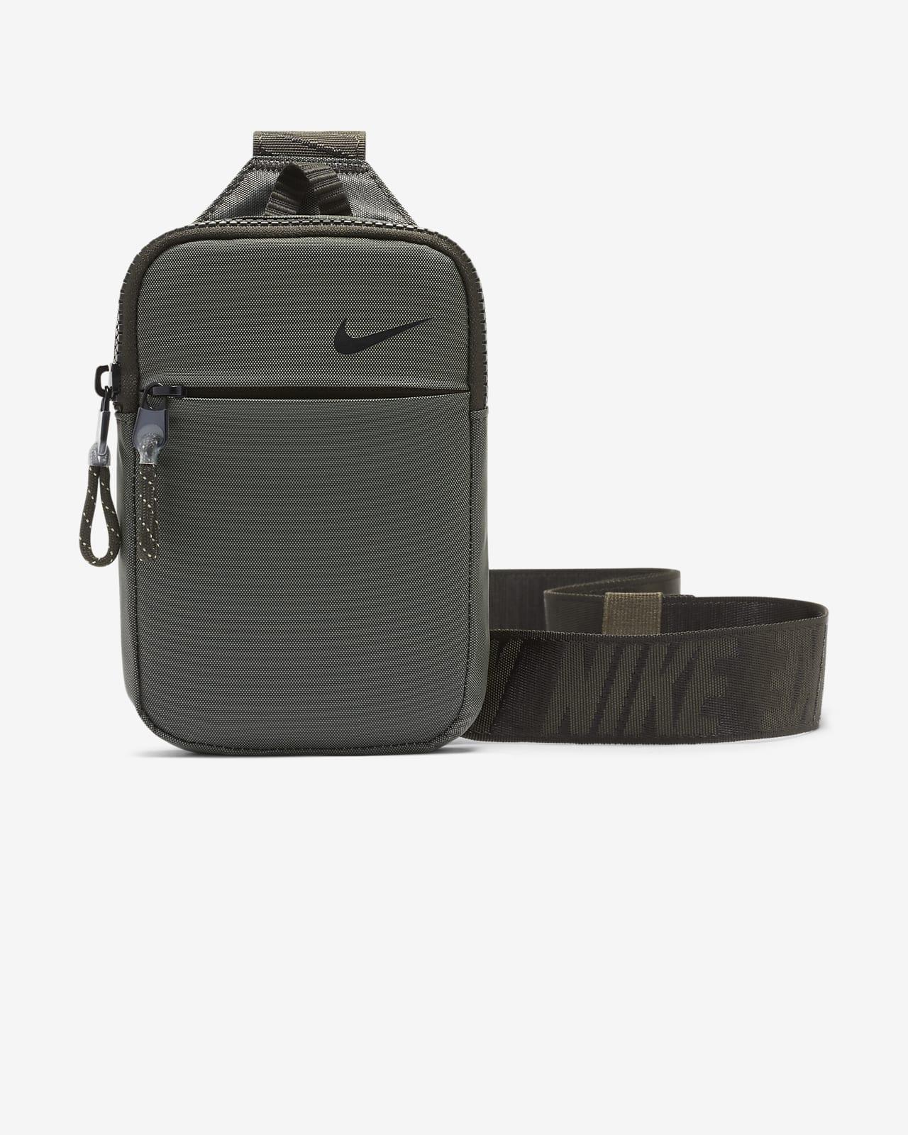 Nike Sportswear Essentials Hip Pack (Small)