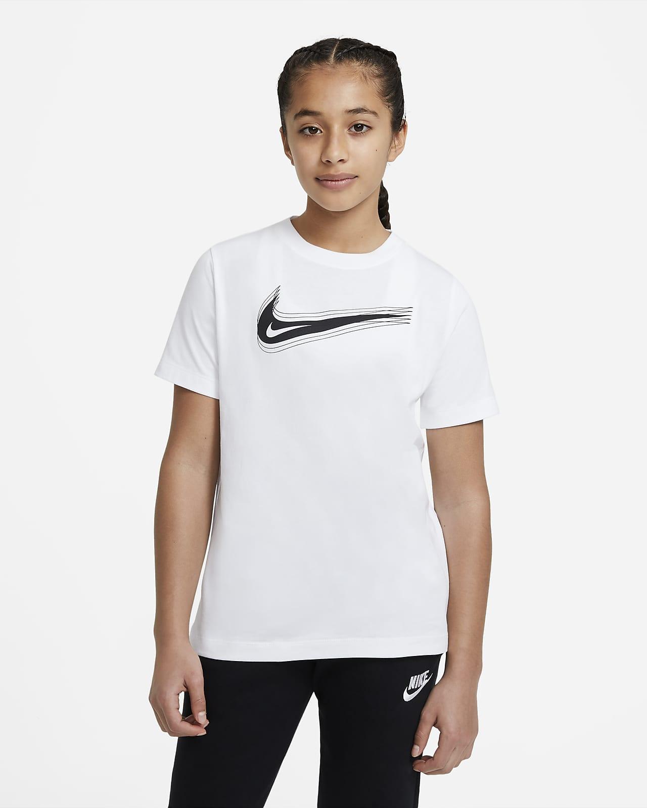 Playera con Swoosh para niños talla grande Nike Sportswear