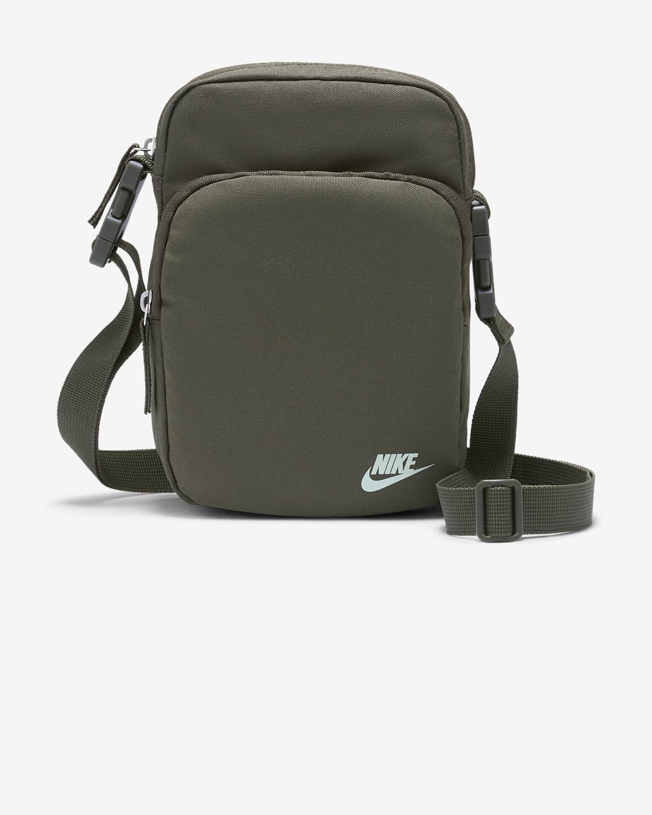 Nike Heritage Cross-Body Bag