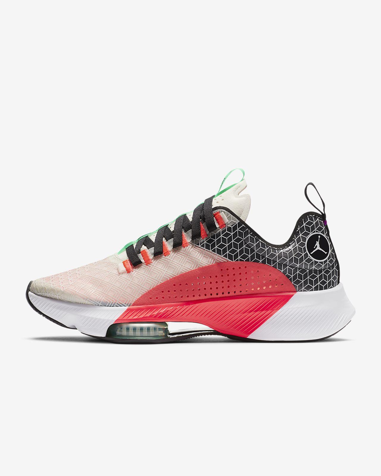Jordan Air Zoom Renegade 跑鞋