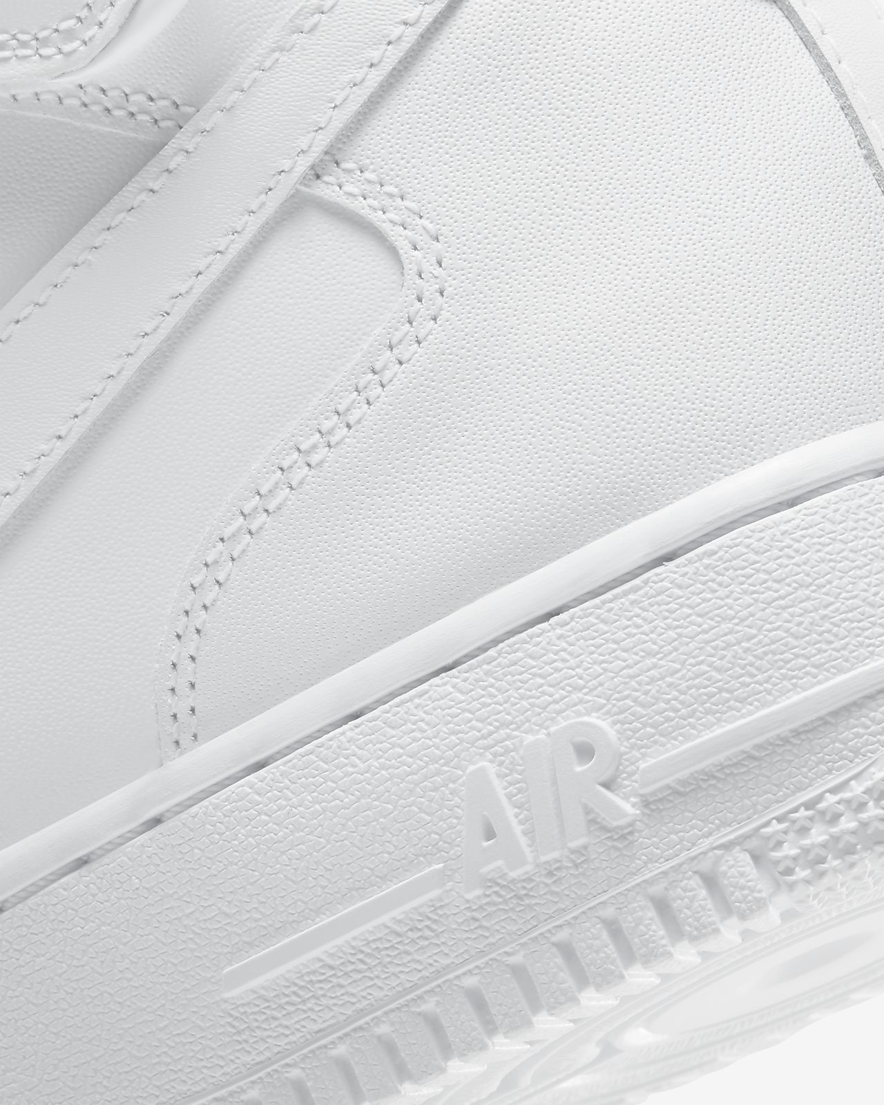 Nike Air Force 1 Mid '07 Trainers In White 315123 111 Smooth