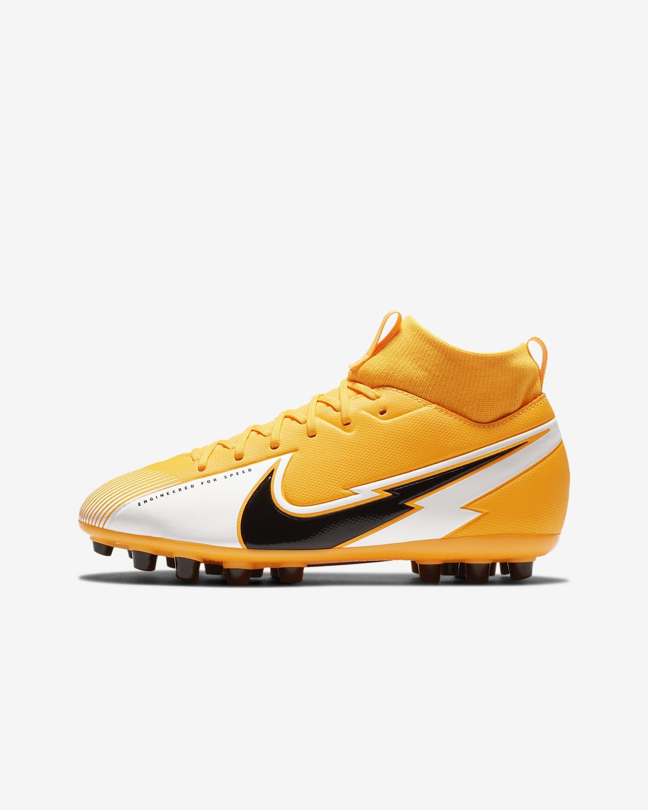 Nike Jr. Mercurial Superfly 7 Academy AG-fodboldstøvle til små/store børn til kunstgræs