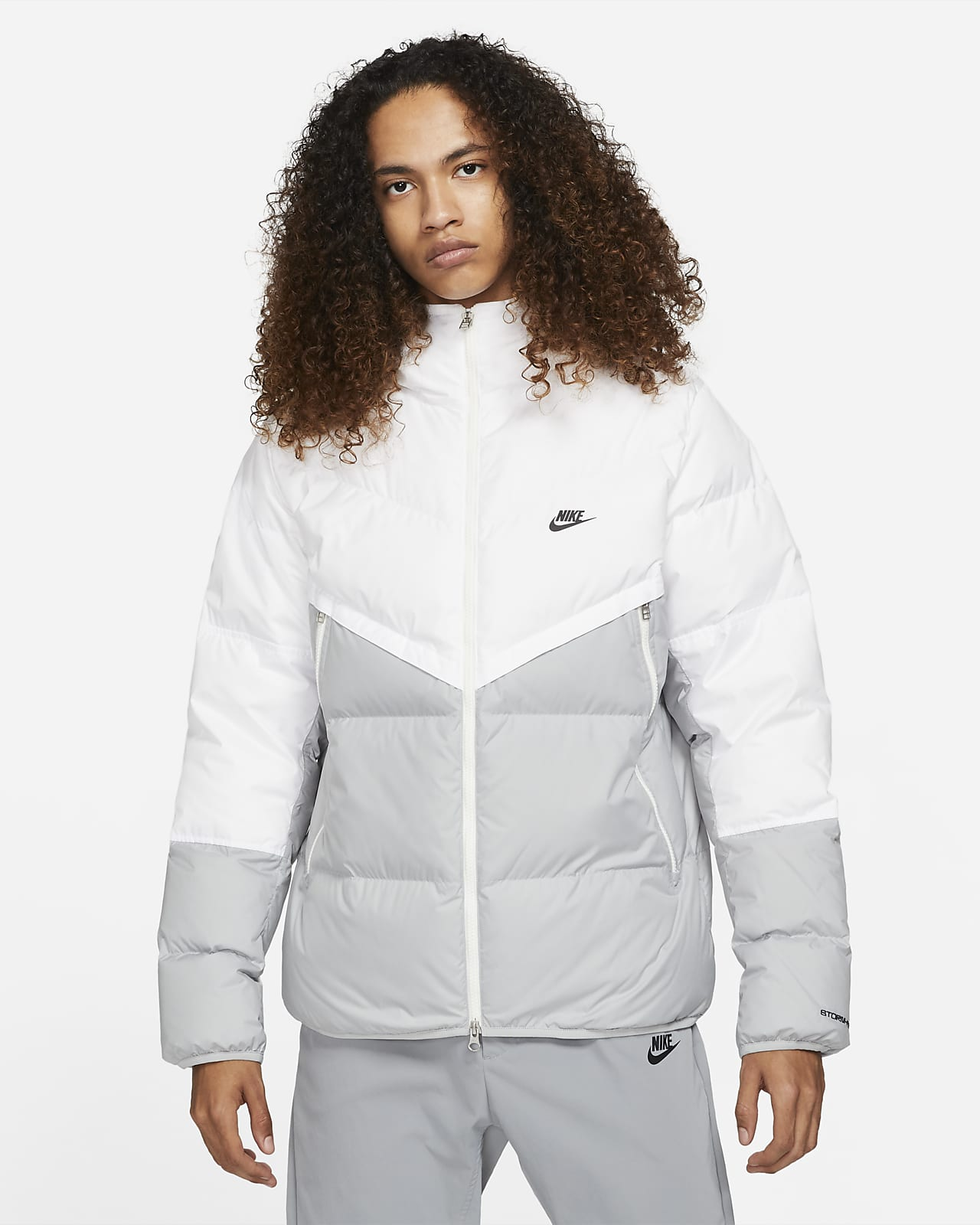 Мужская куртка с капюшоном Nike Sportswear Storm-FIT Windrunner