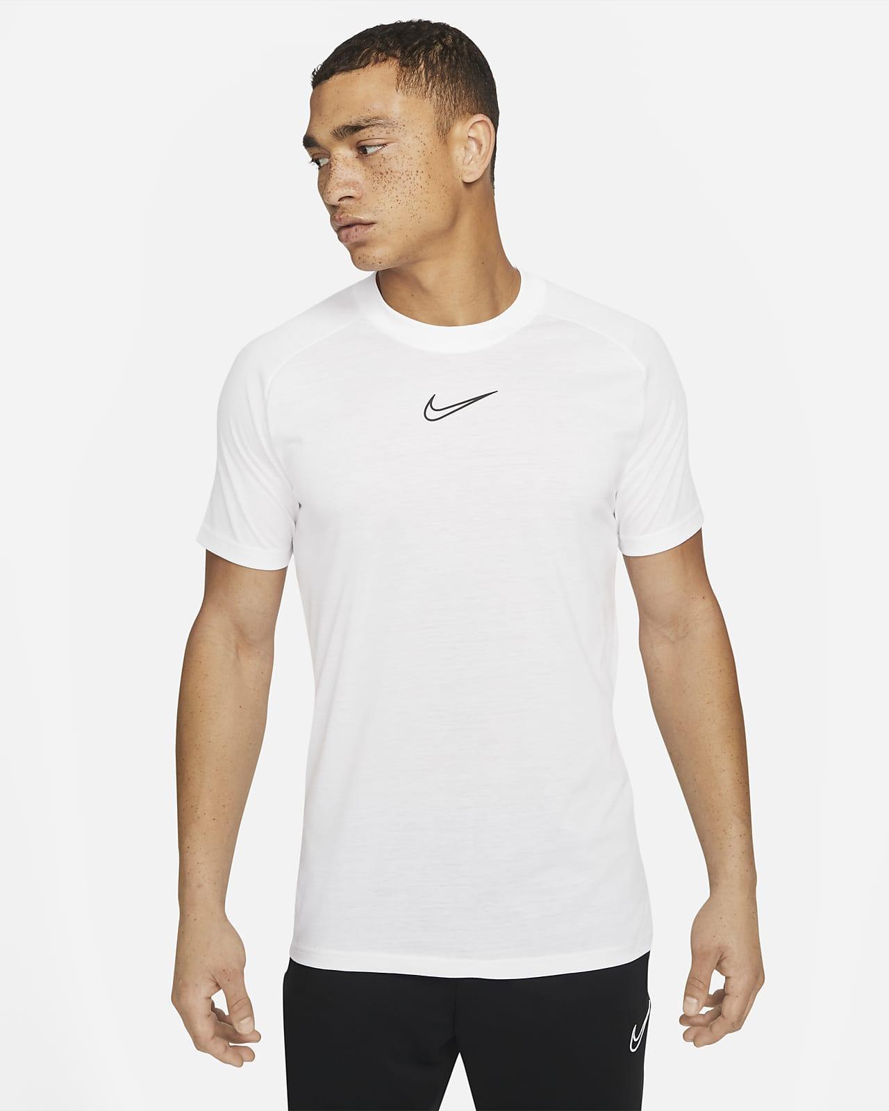 Nike Dri-FIT Academy 男款短袖足球上衣