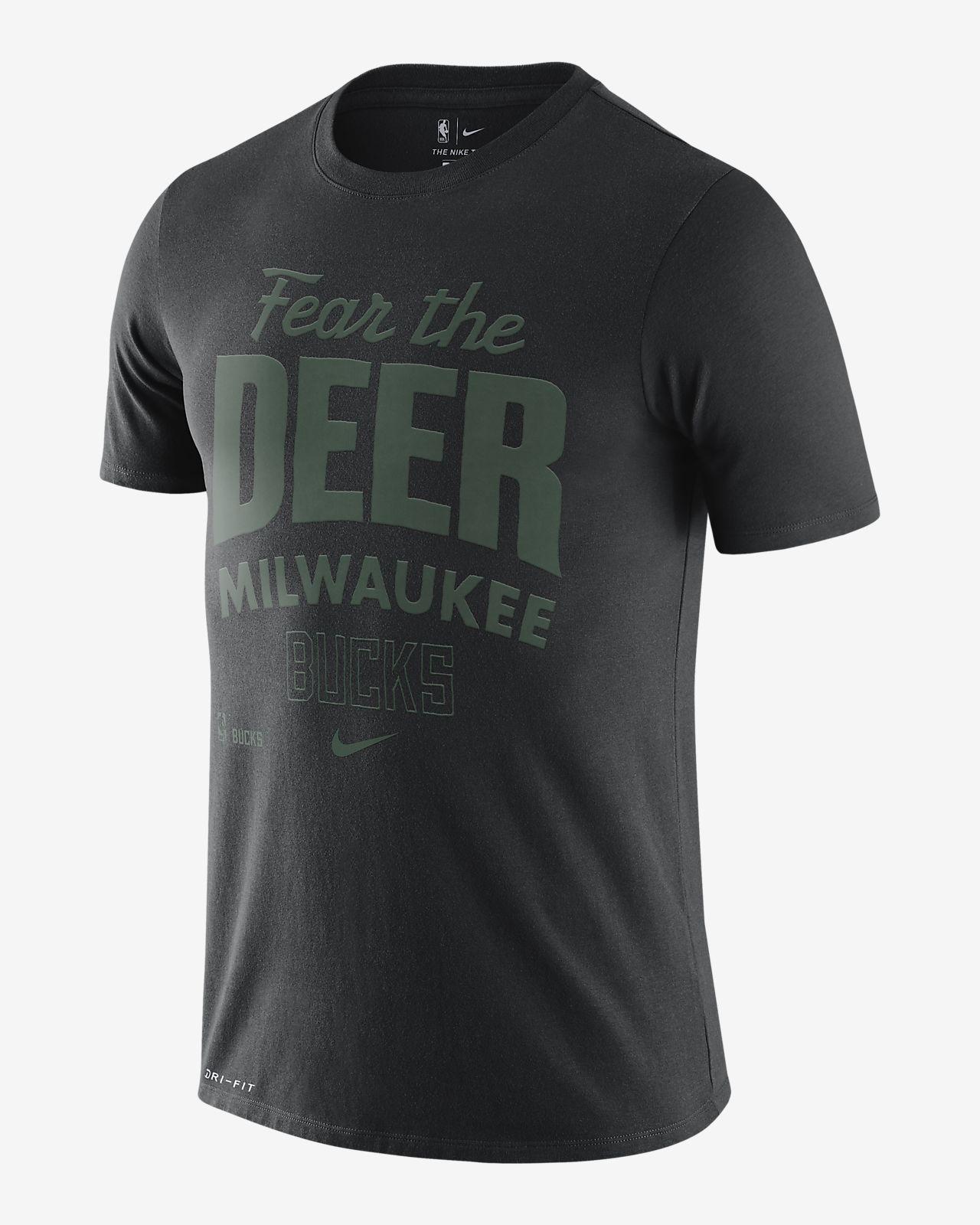密尔沃基雄鹿队 (Mantra) Nike Dri-FIT NBA 男子T恤
