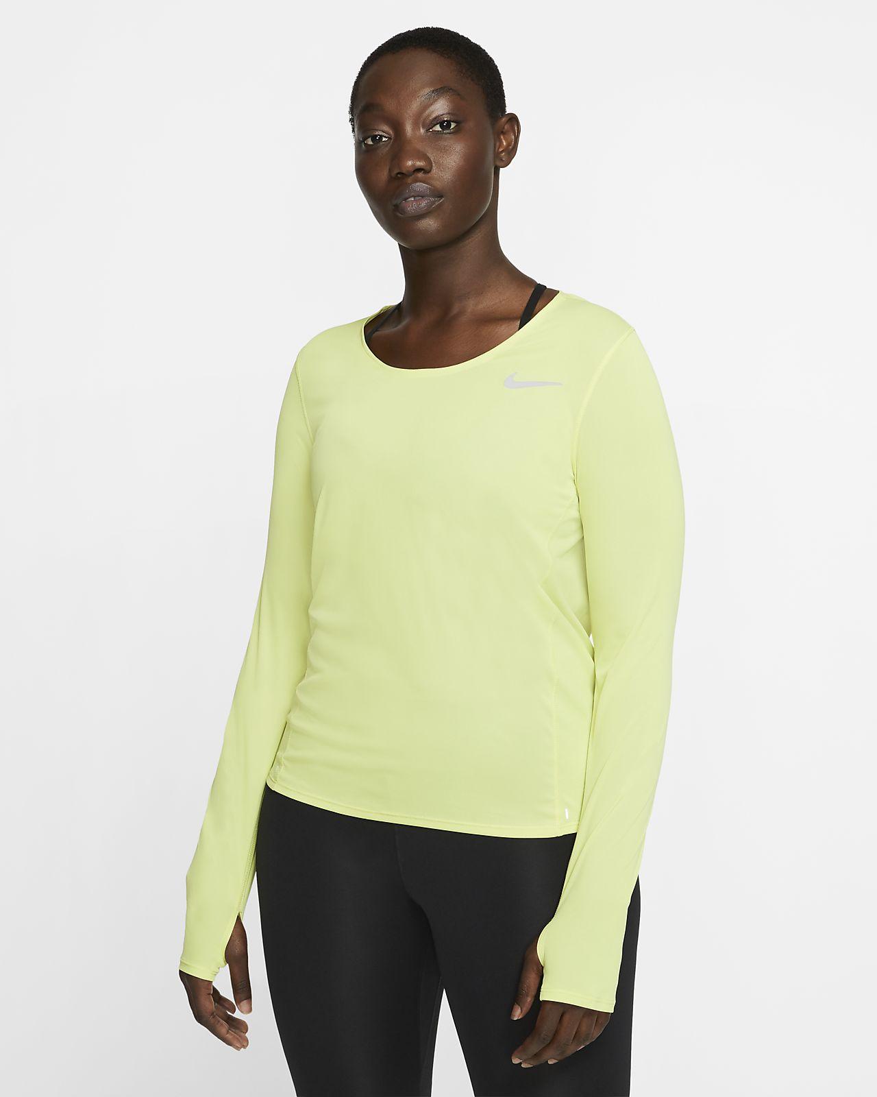 Langærmet Nike løbetop til kvinder. Nike DK