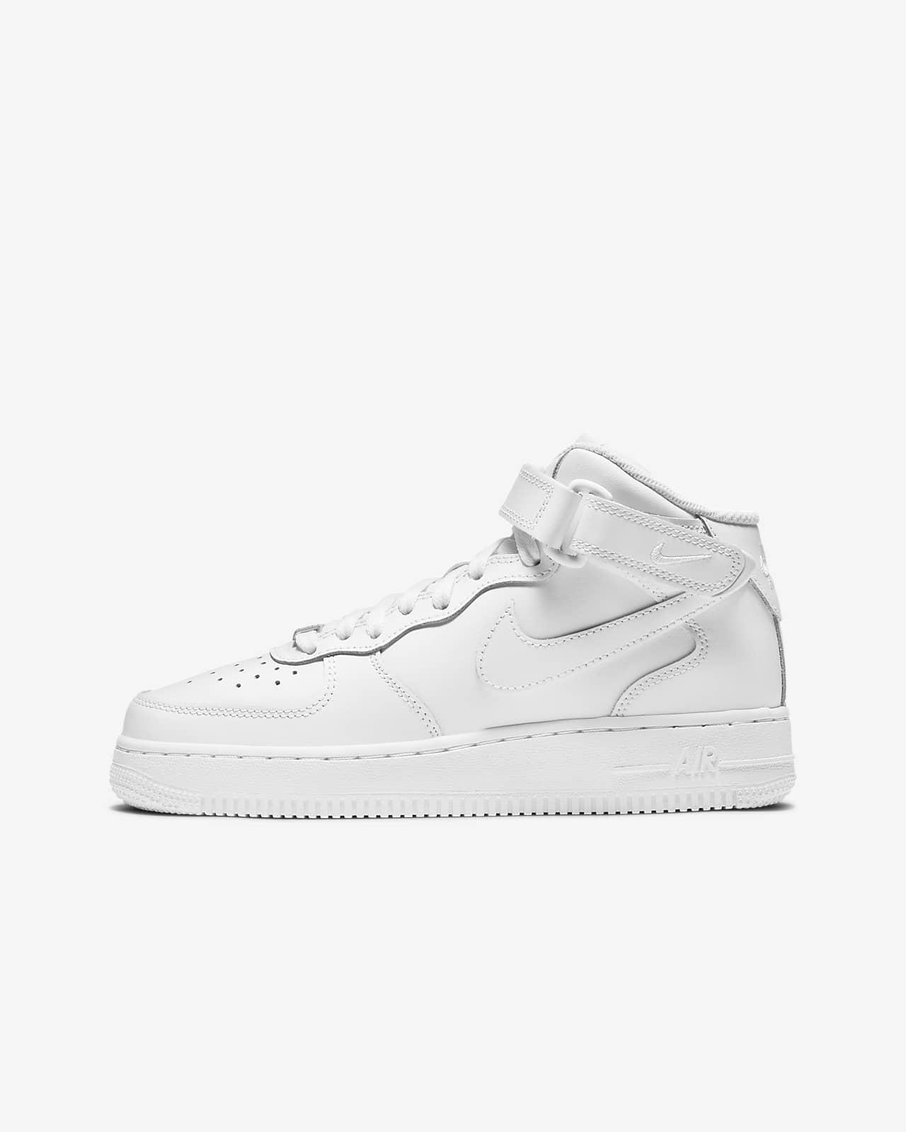 Кроссовки для школьников Nike Air Force 1 Mid LE