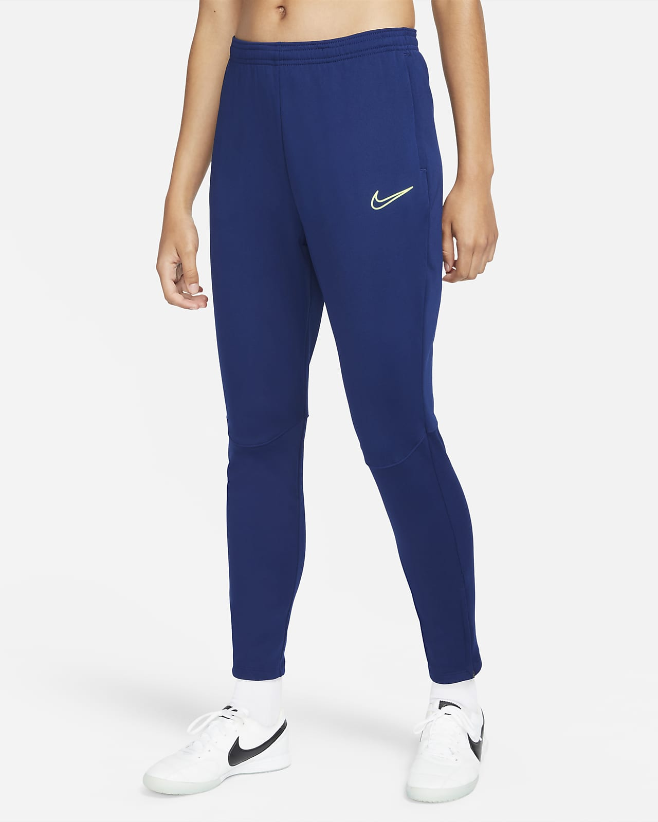 Nike Therma-FIT Academy Winter Warrior Women's Knit Soccer Pants