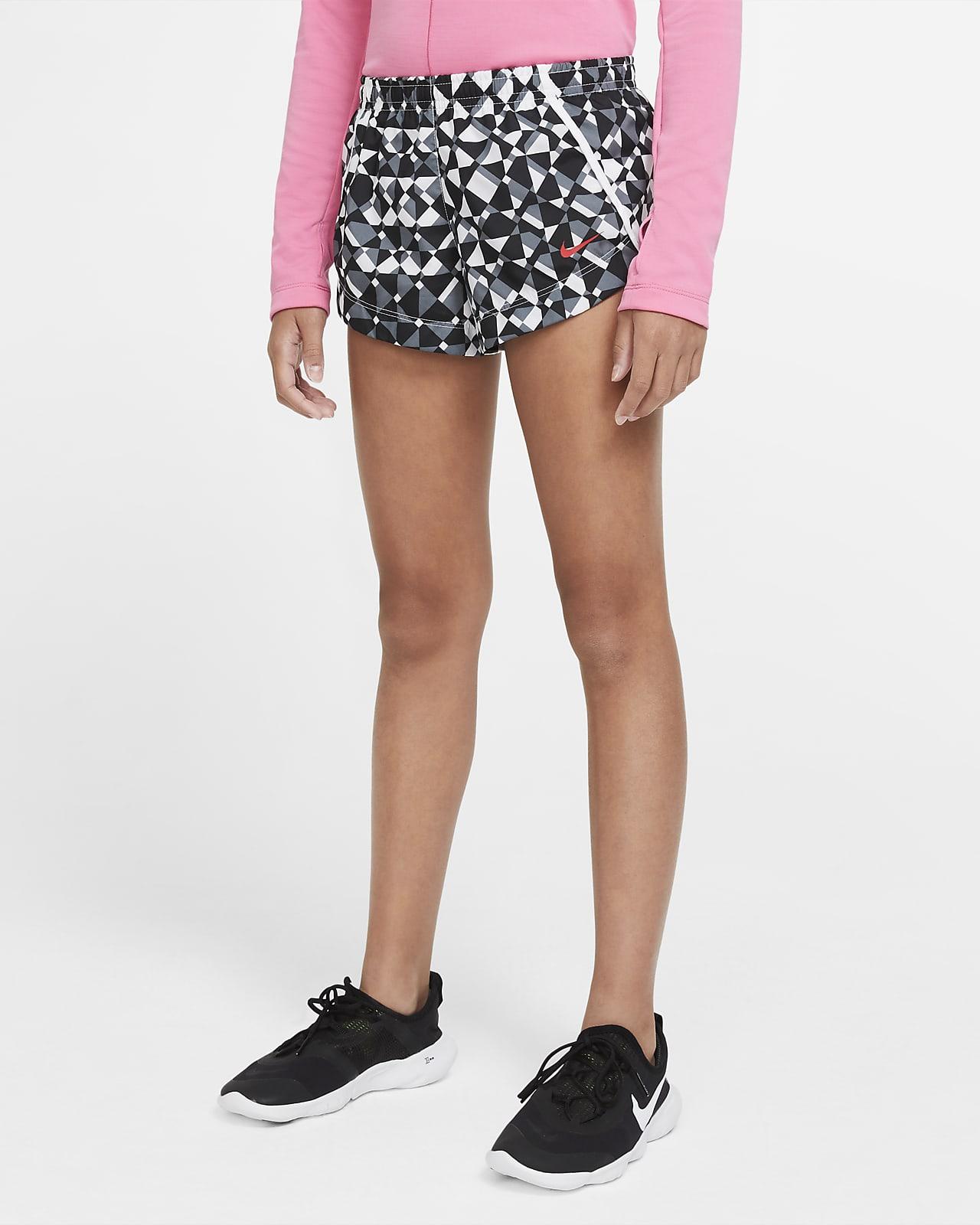 Shorts de entrenamiento con estampado para niña talla grande Nike Dri-FIT
