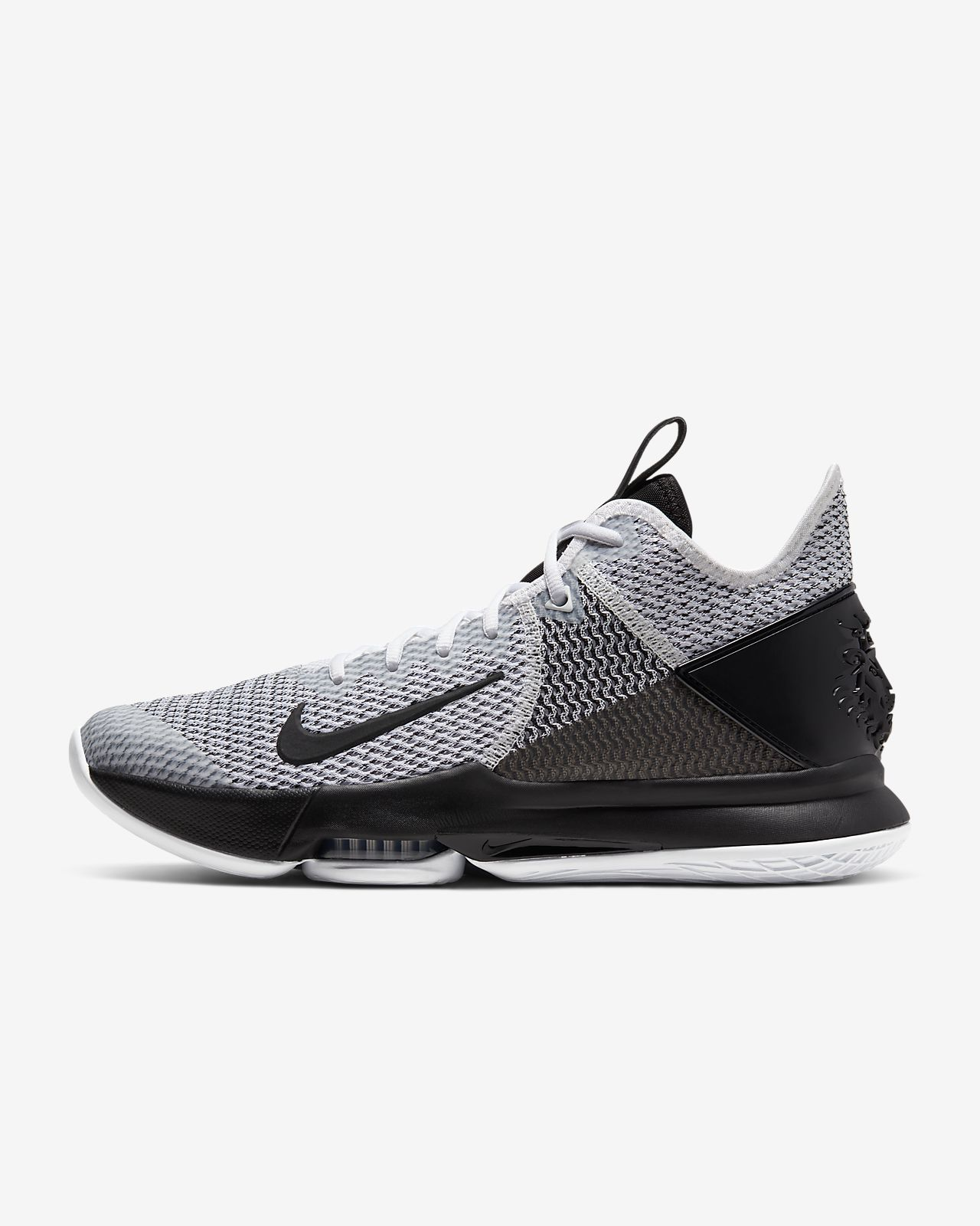 Chaussure de basketball LeBron Witness 4