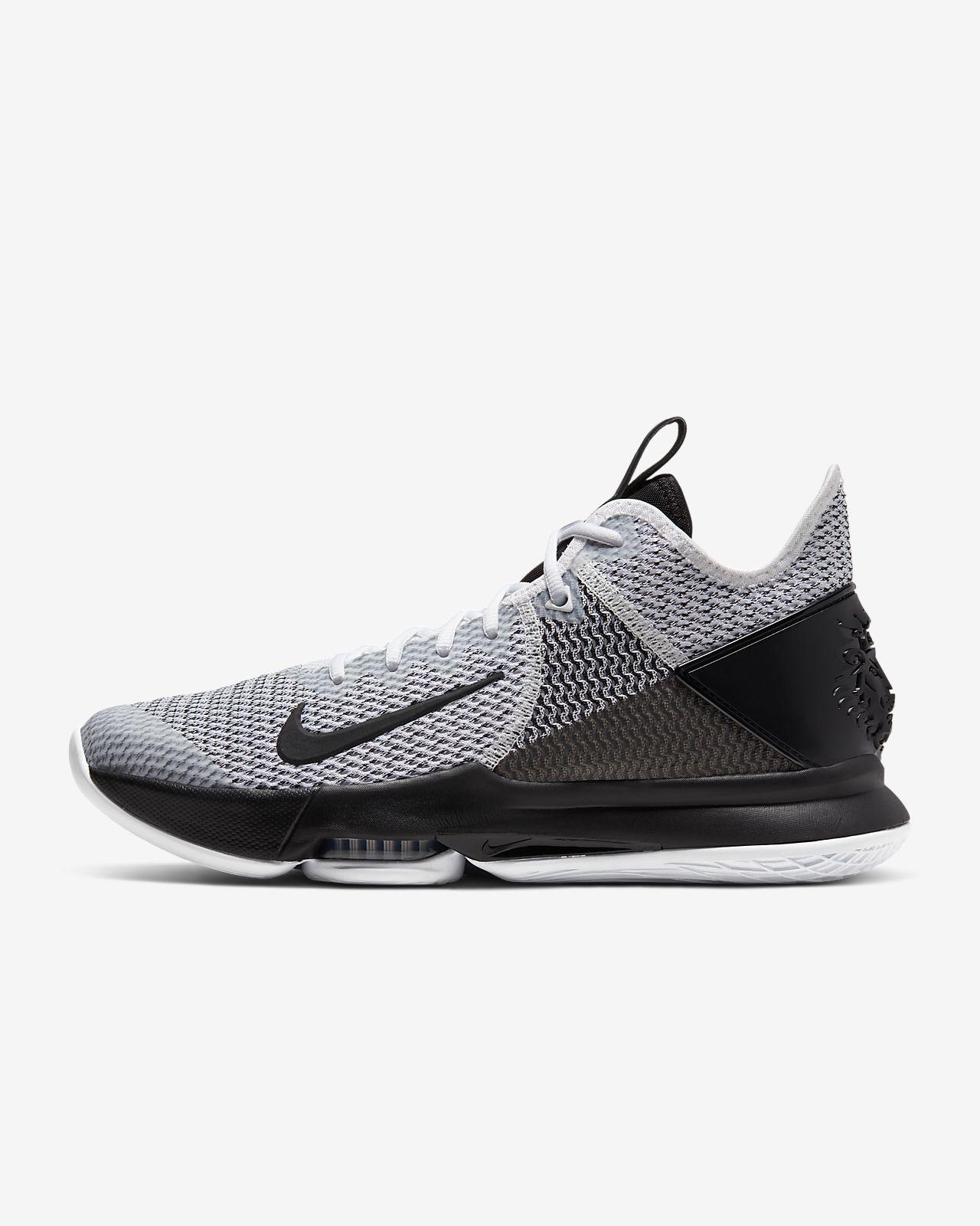 LeBron Witness 4 Basketballschuh. Nike DE