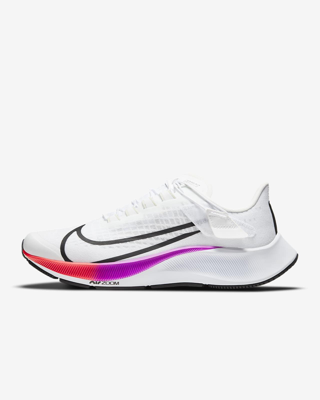 Nike Air Zoom Pegasus 37 FlyEase Kadın Koşu Ayakkabısı