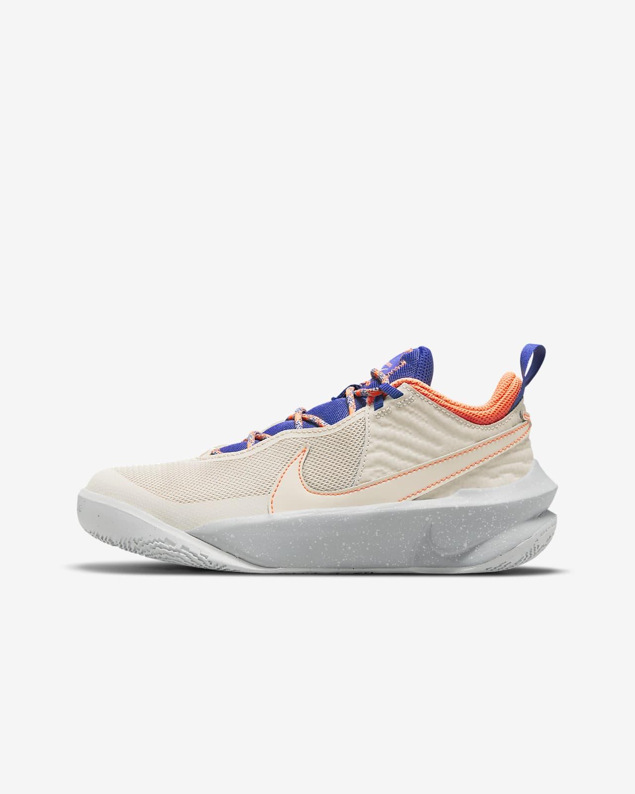 Nike Team Hustle D 10 SE Big Kids' Basketball Shoe