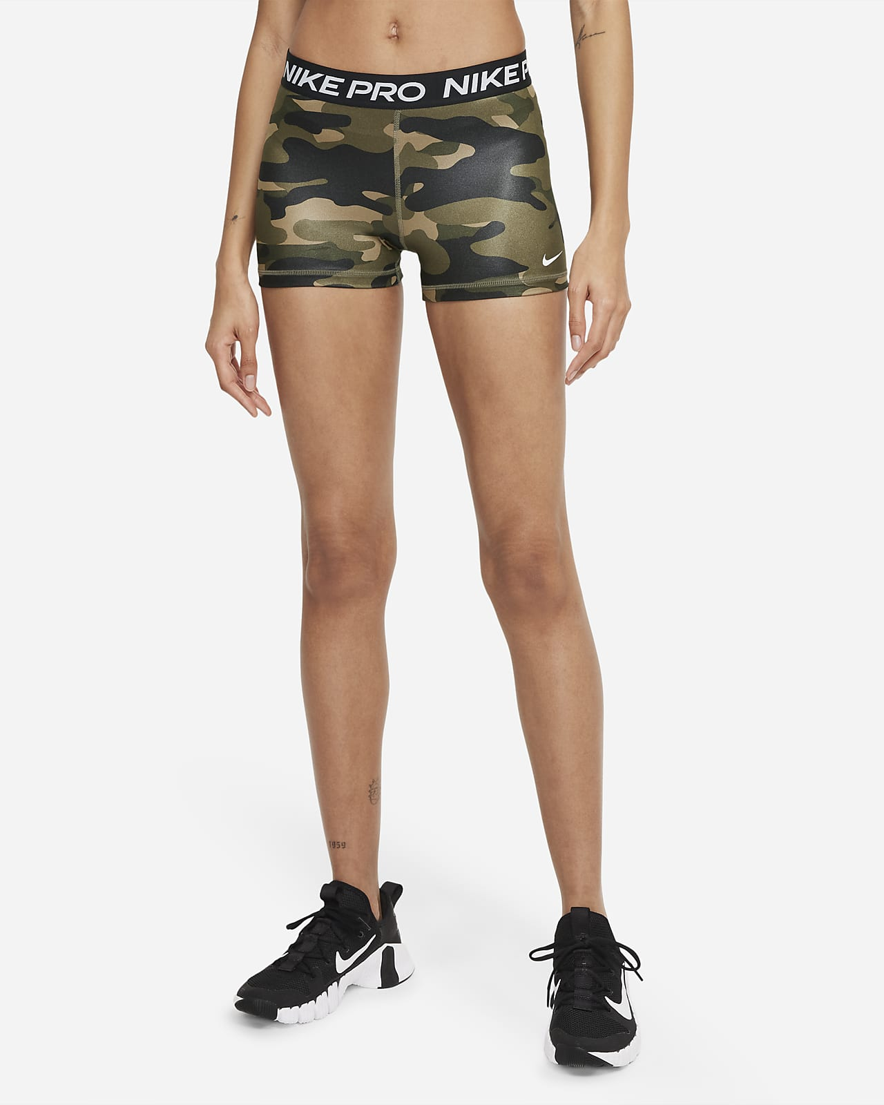 Nike Pro Dri-FIT Camo-Shorts für Damen (ca. 7,5 cm)