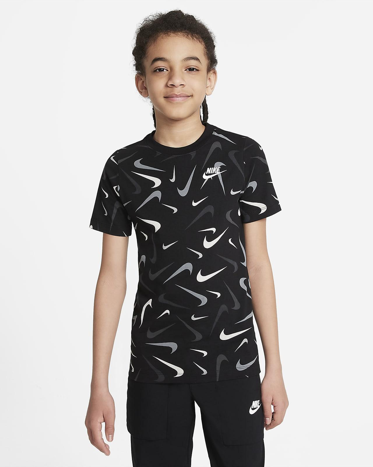 ナイキ スポーツウェア ジュニア (ボーイズ) Tシャツ