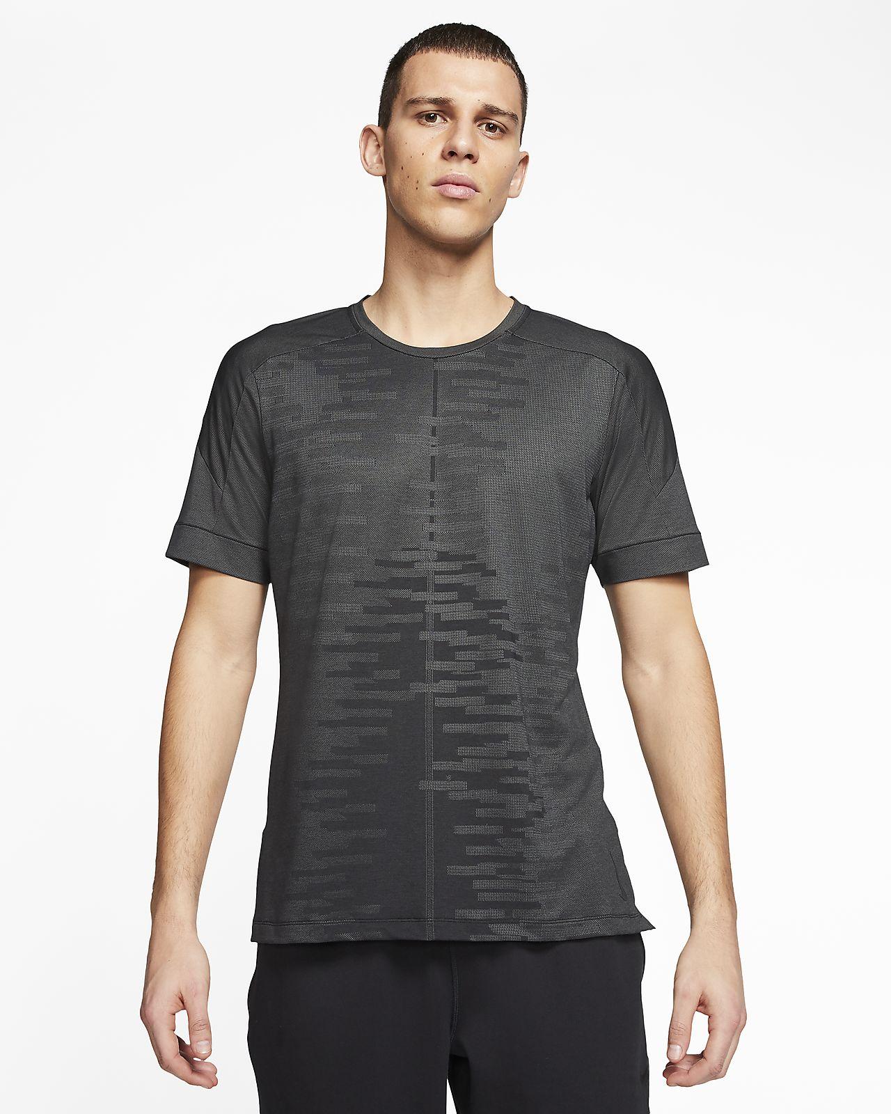 Nike Yoga Kurzarmshirt für Herren