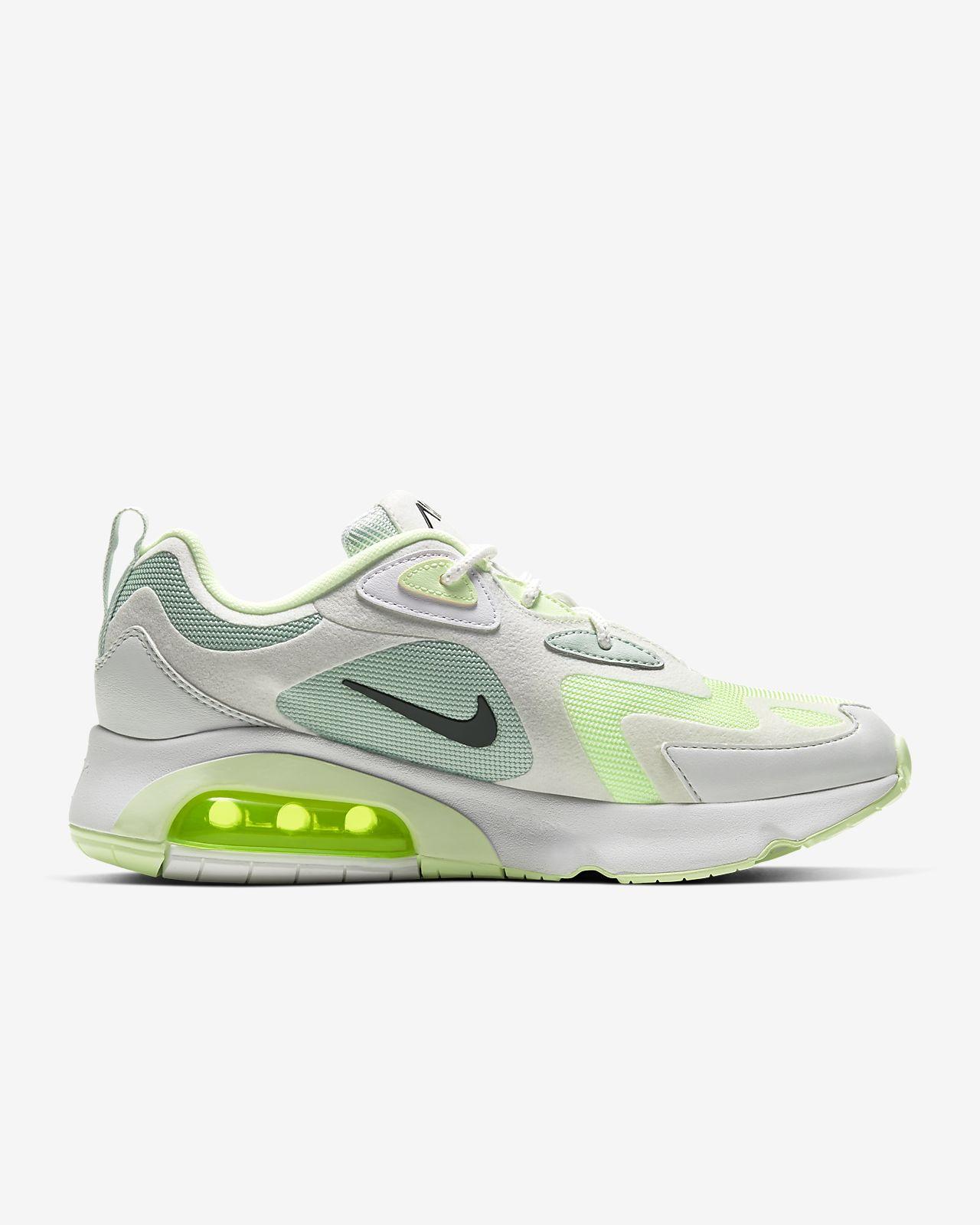 chaussure nike femme air max 200