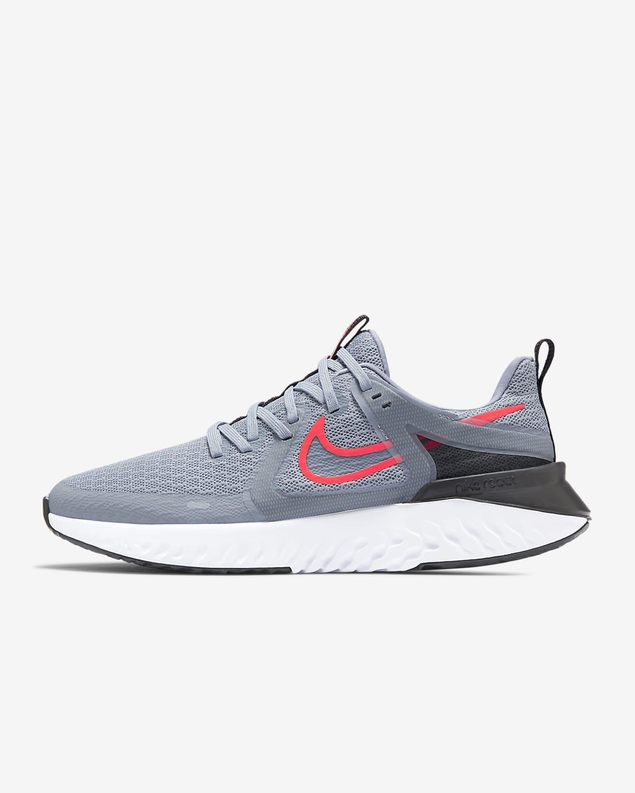 รองเท้าวิ่งผู้ชาย Nike Legend React 2