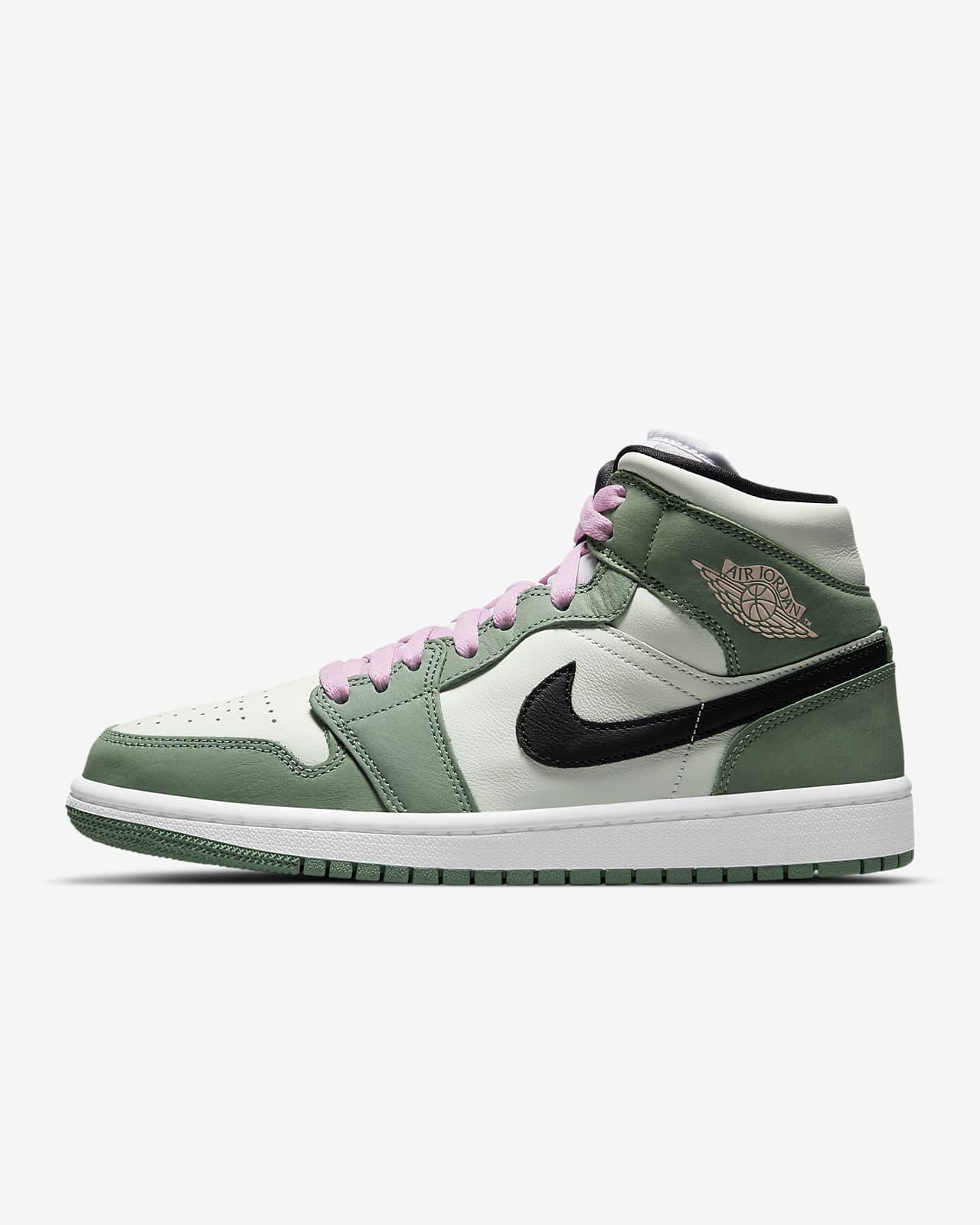 Air Jordan 1 Mid SE Women' Shoes