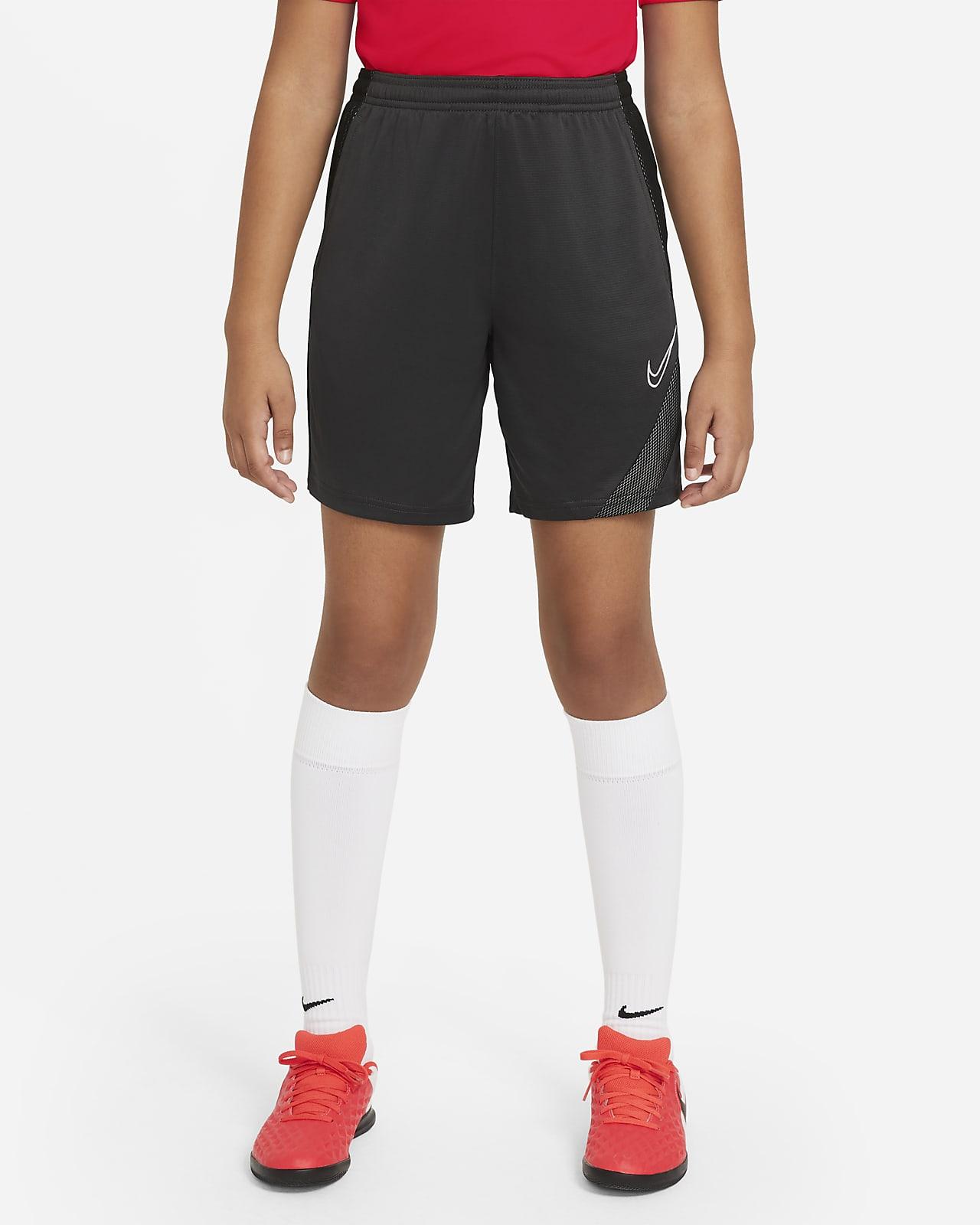 Nike Dri-FIT Academy Pro Older Kids' Football Shorts