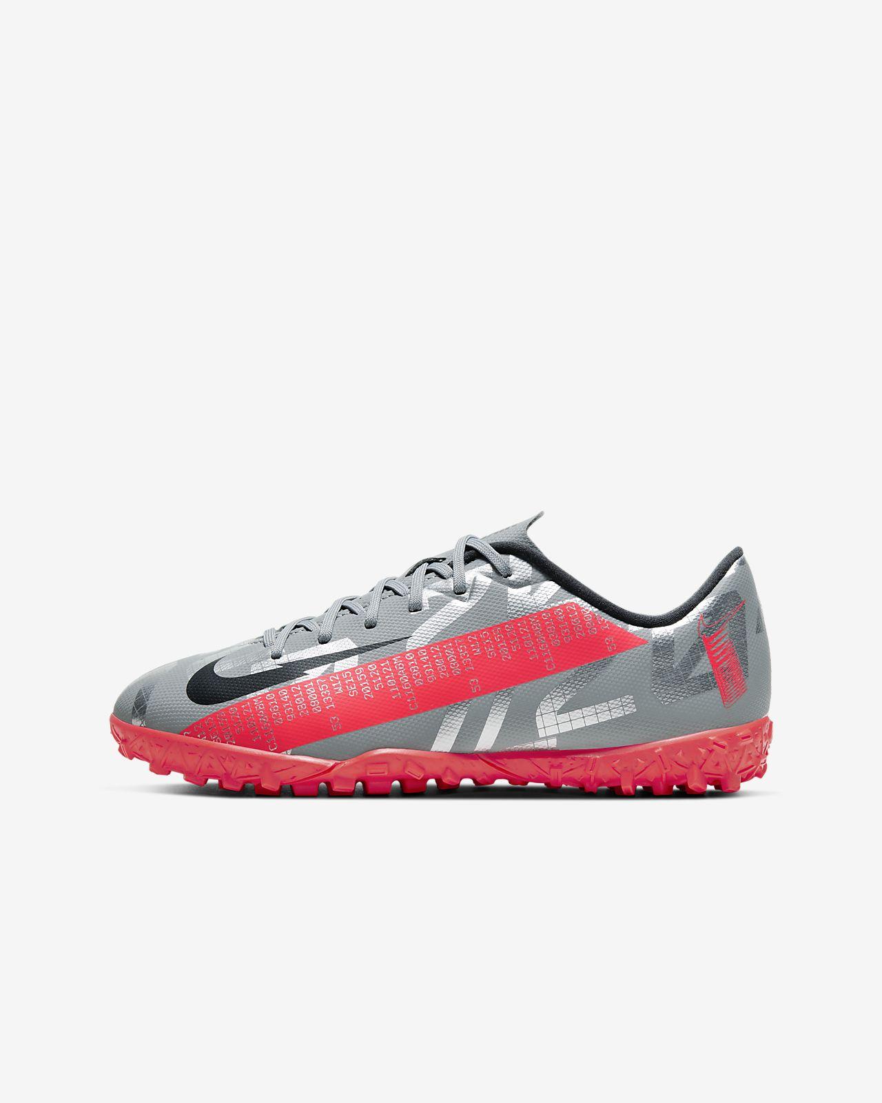 Cristiano Ronaldo Football Shoes. Nike GB
