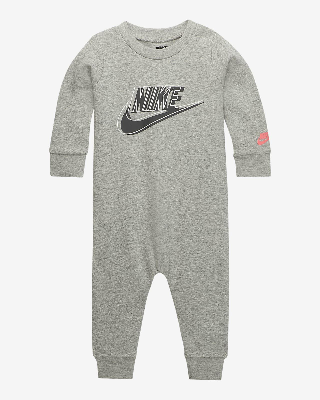 Ολόσωμη φόρμα από ύφασμα French Terry Nike για βρέφη