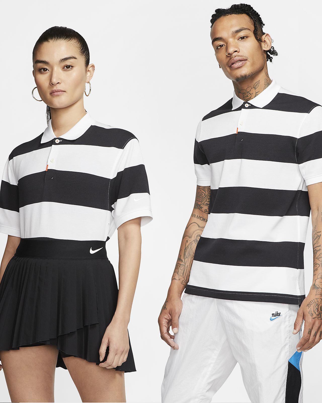 Das Nike Polo gestreifte Poloshirt in schmaler Passform (Unisex)