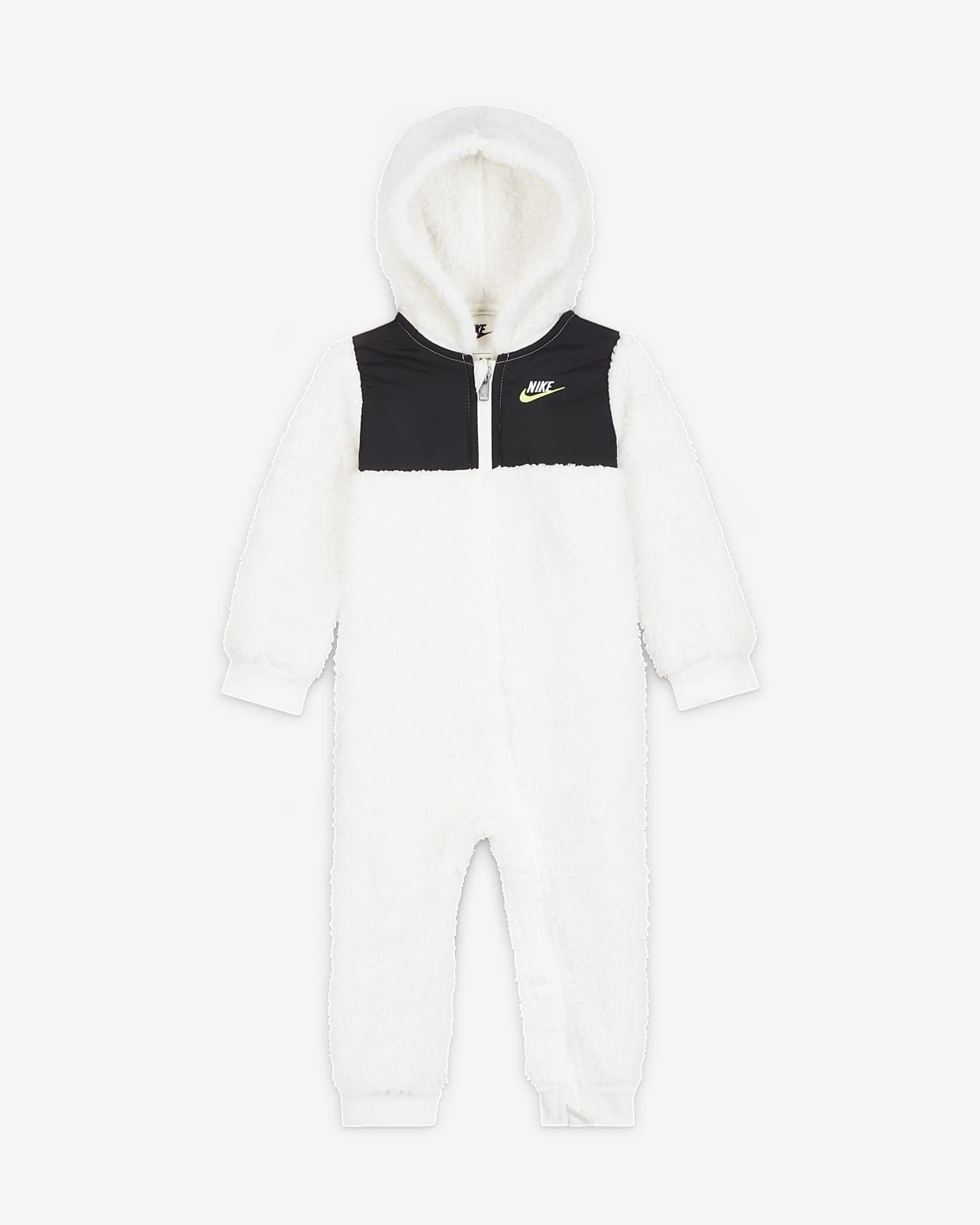 Nike hosszú cipzáras rugdalózó babáknak (12–24 hónapos)