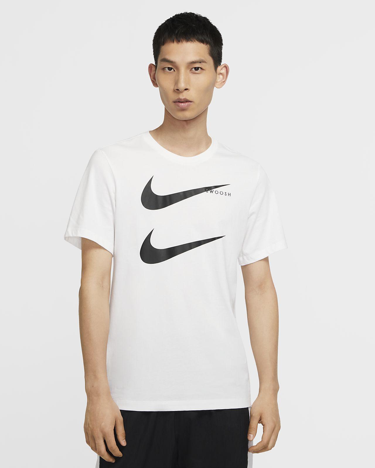 Nike Sportswear Swoosh 男款 T 恤